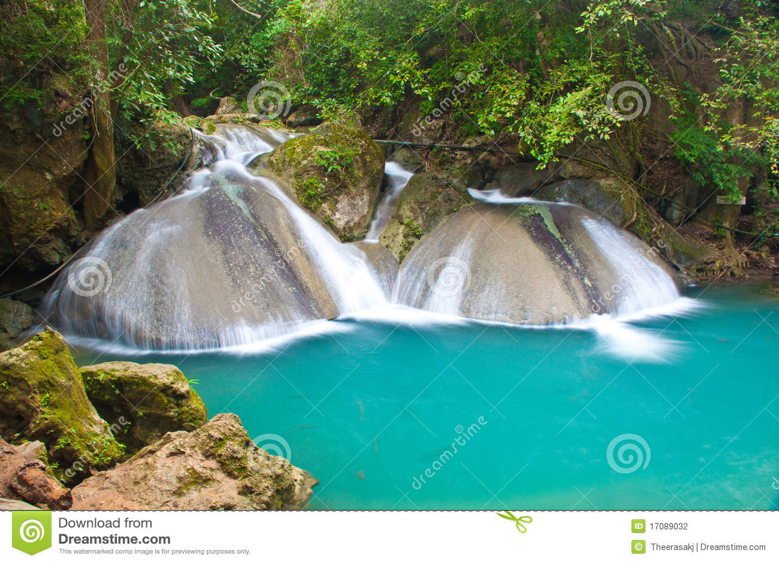 красивейший водопад Таиланда