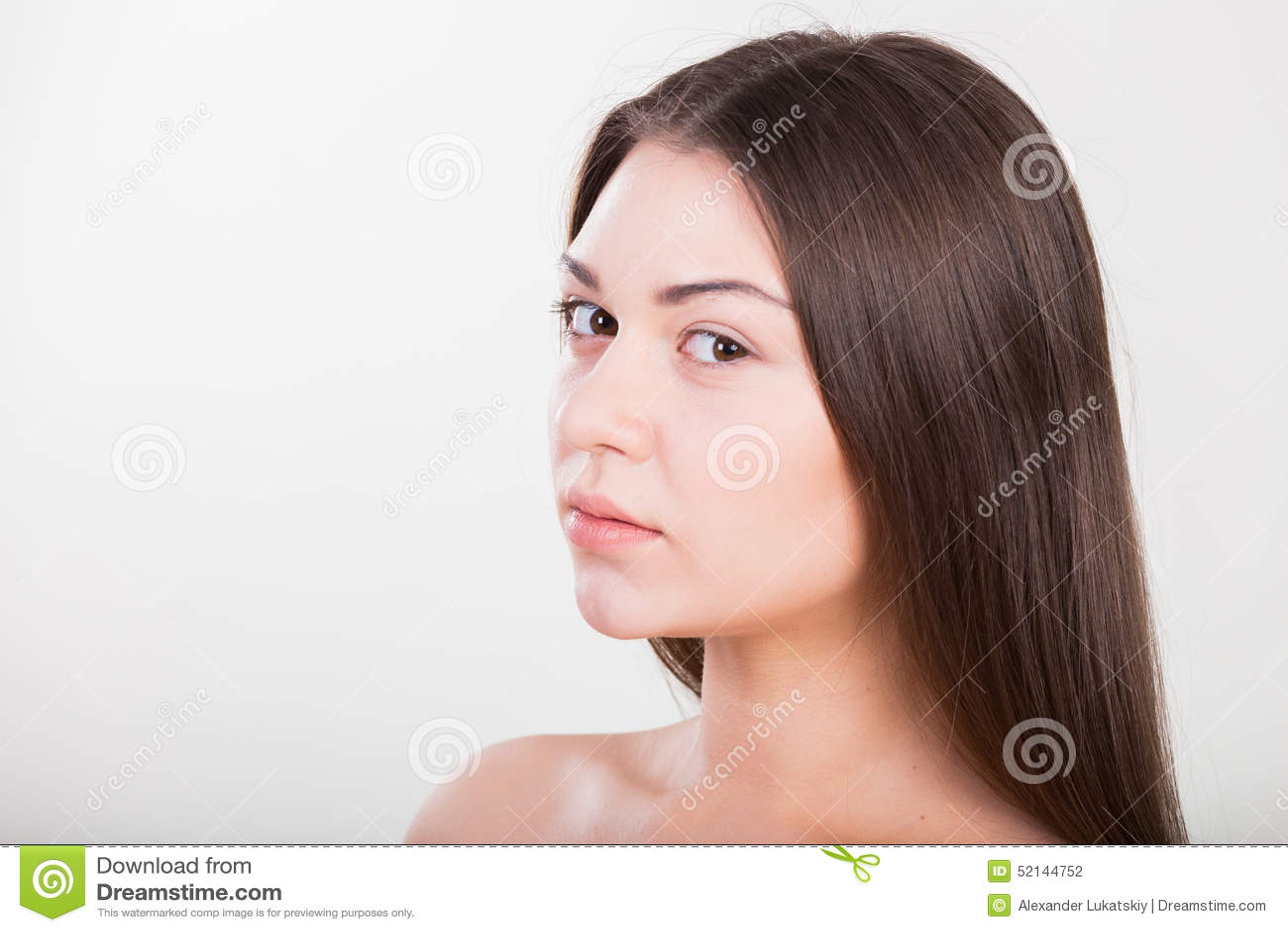 красивейший портрет брюнет