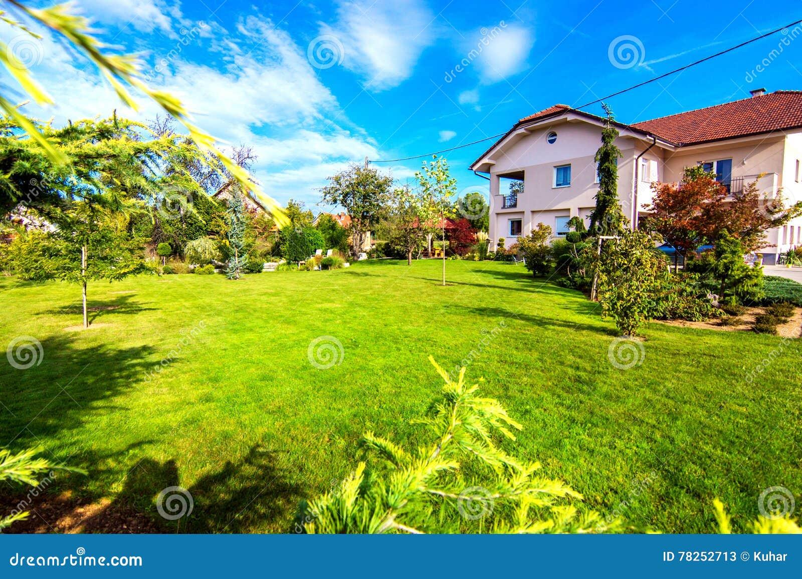 красивейший сад
