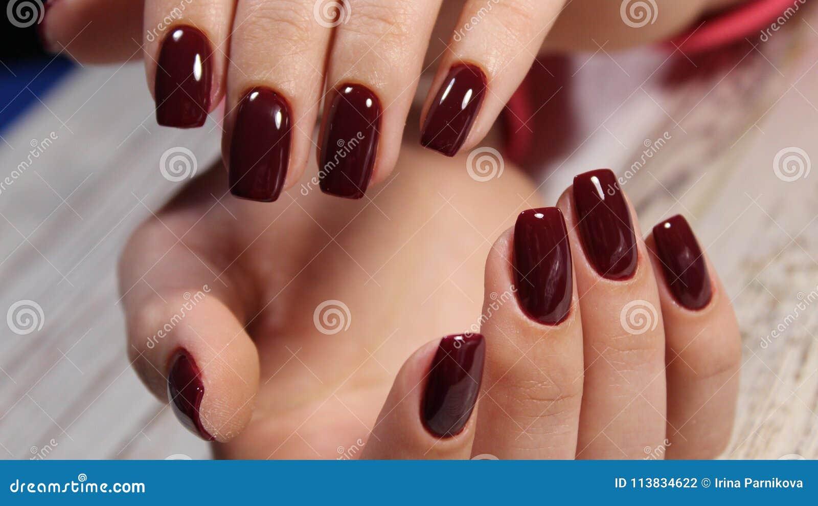 фото красивые ногти красные
