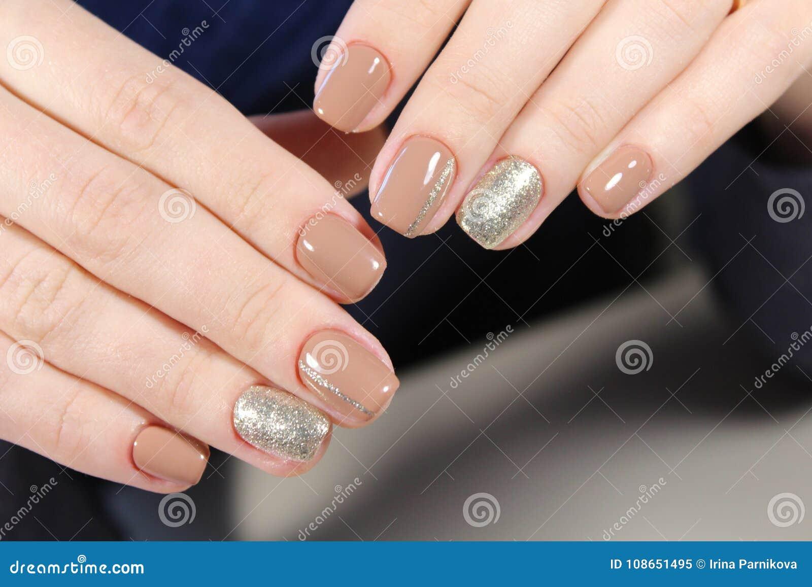 Дизайн Миндальных Ногтей Френч
