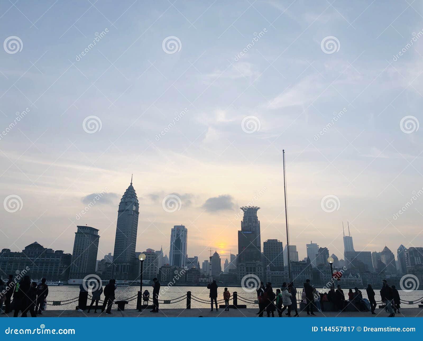 Красивый взгляд сумрака в Шанхае