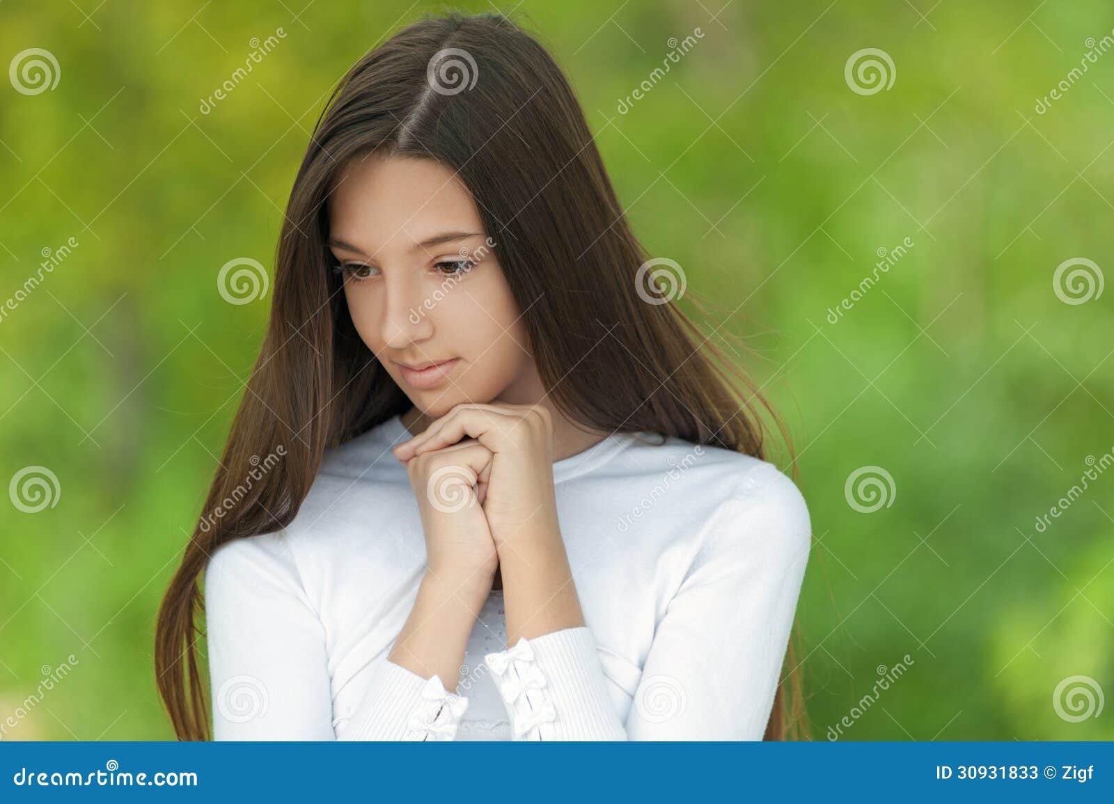 Симпатичная девочка подросток фото 5 фотография