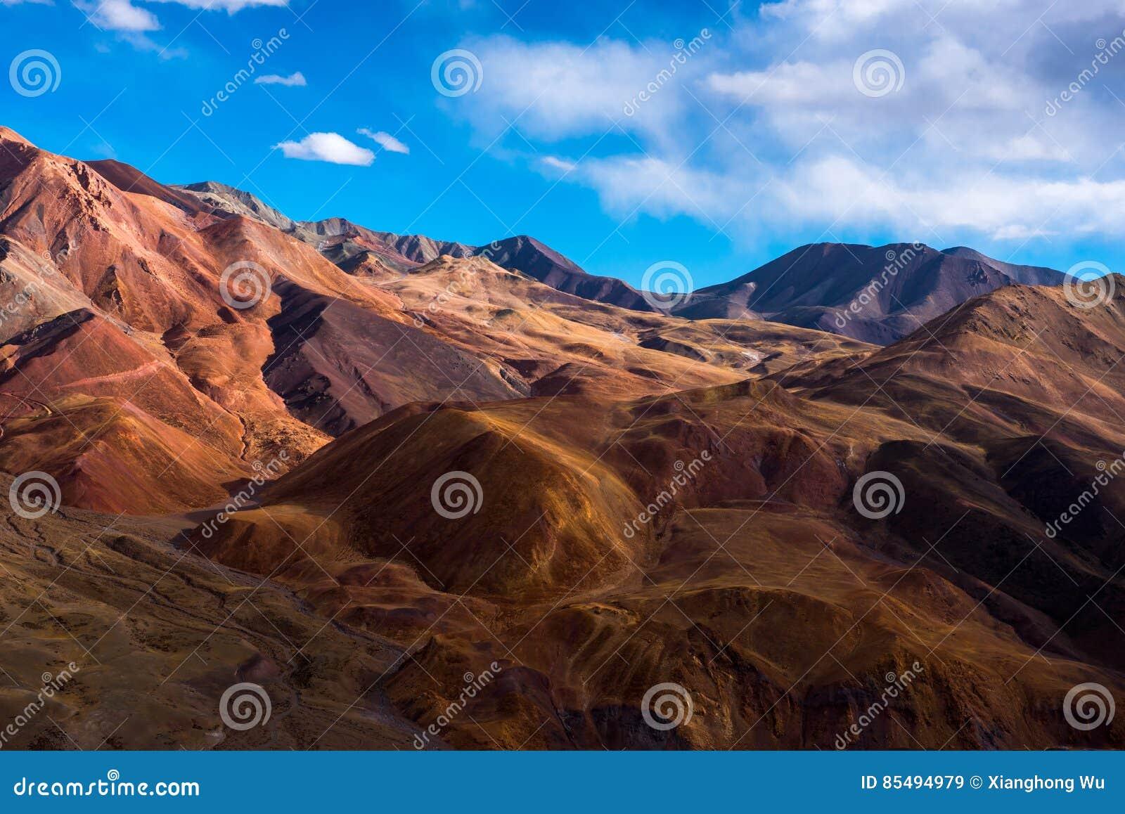 Красивый пейзаж: Путешествовать в Тибете