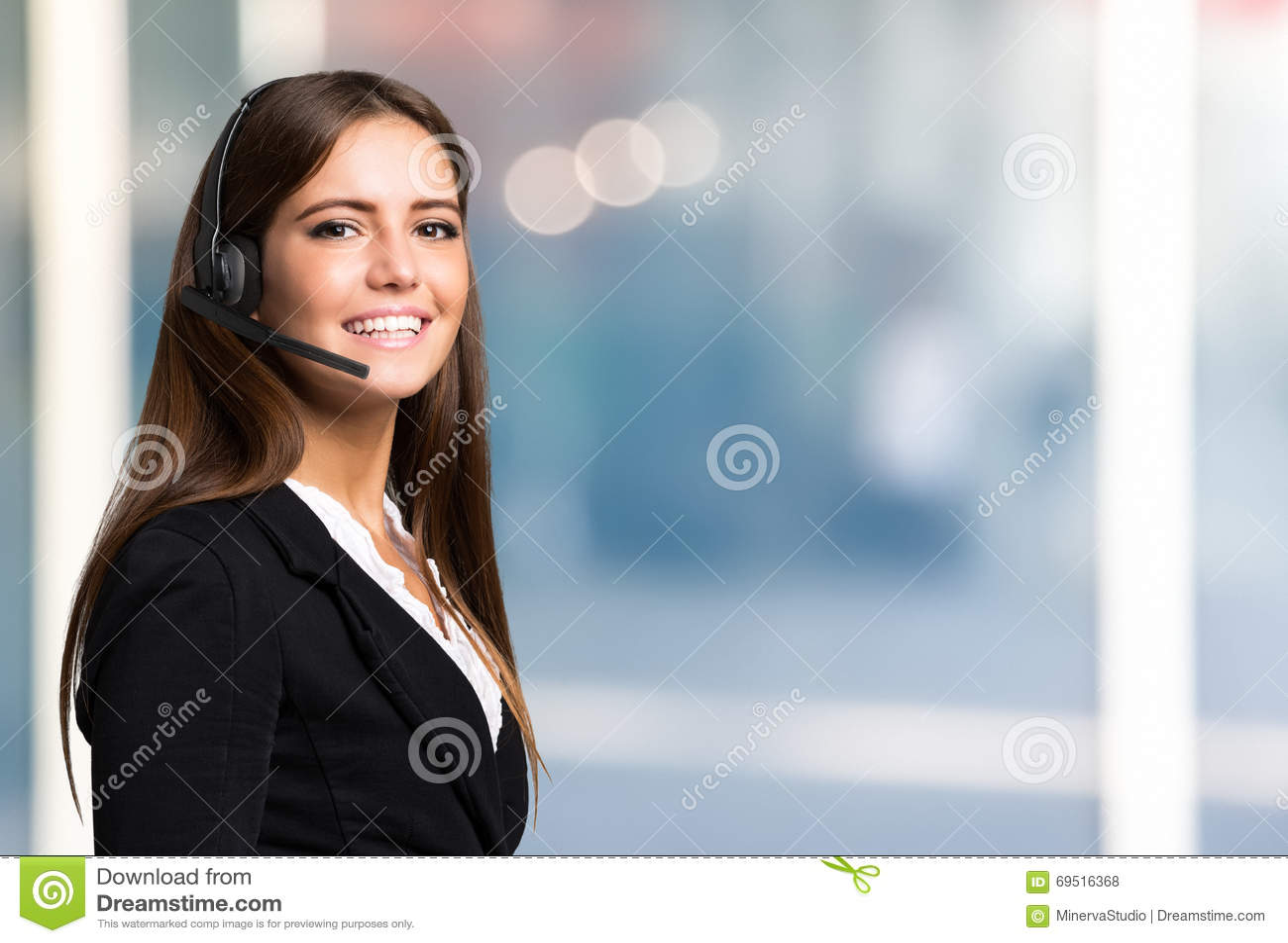 Красивый портрет представителя молодого клиента