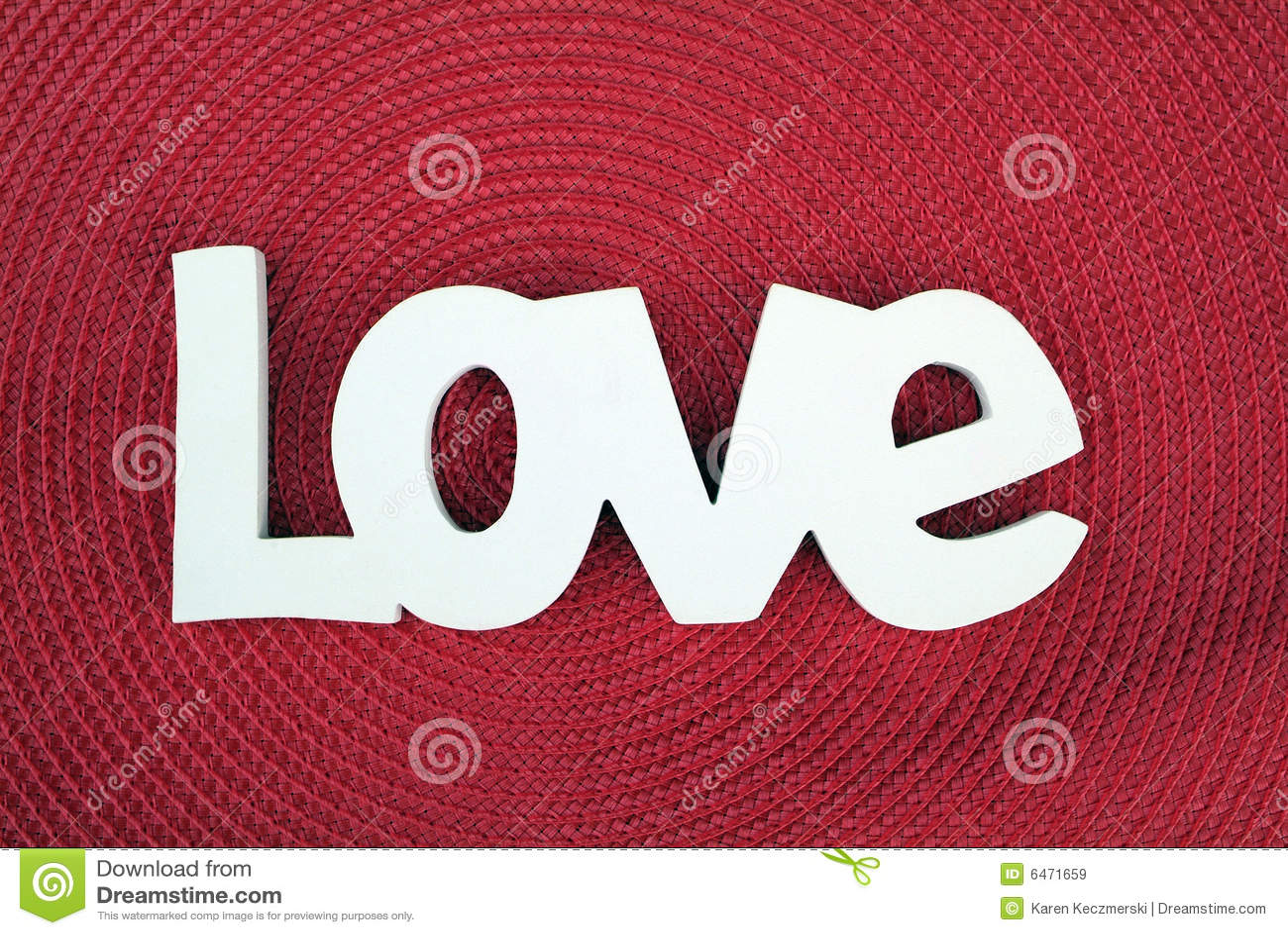 красный цвет влюбленности