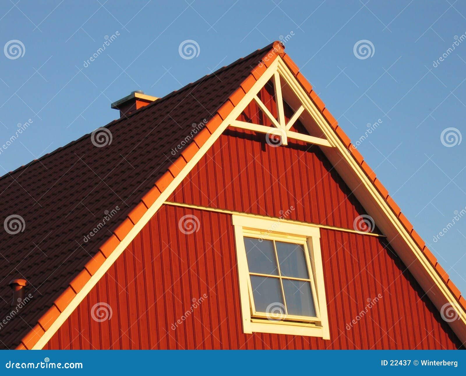 красный цвет дома