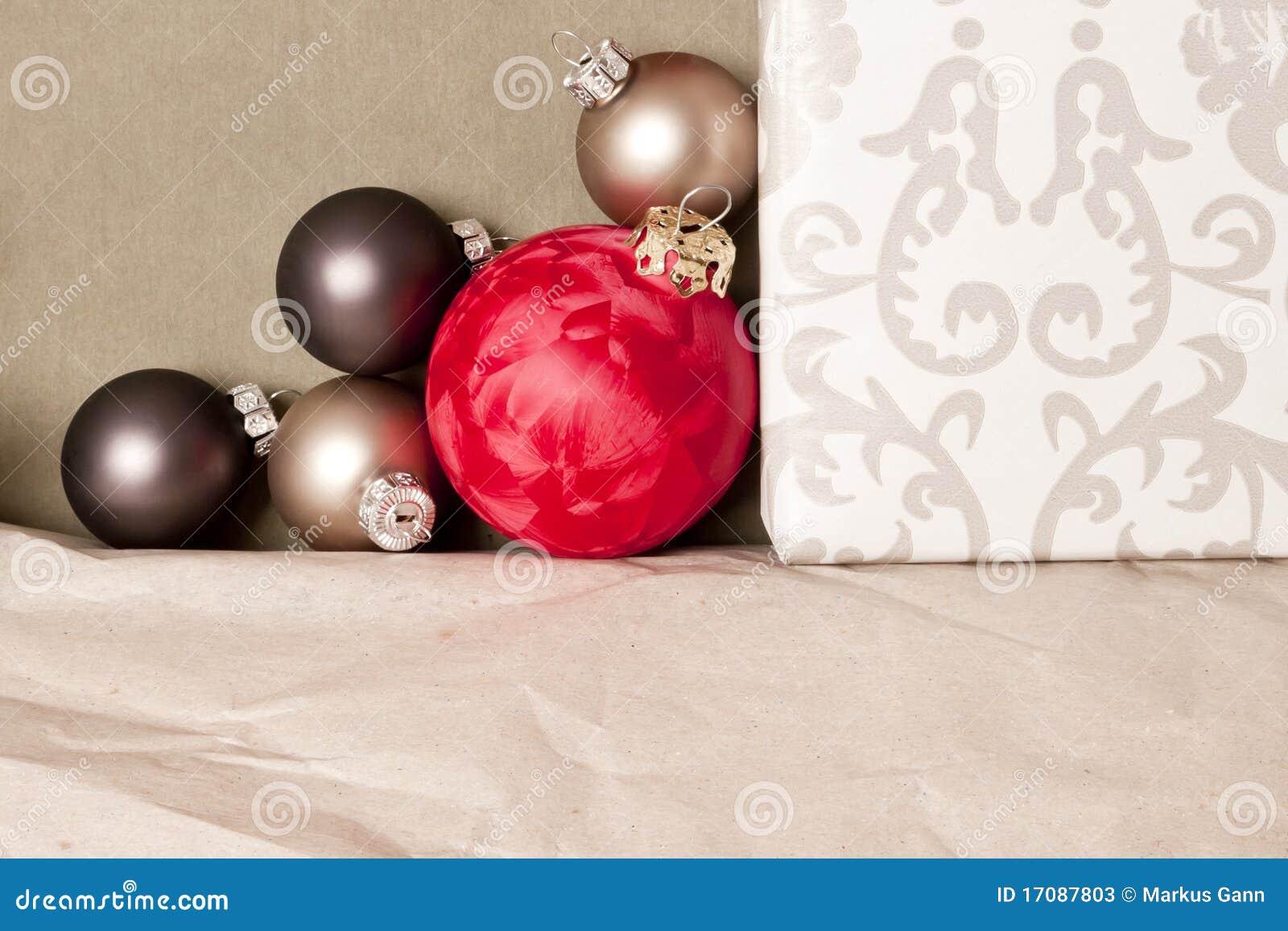 красный цвет рождества