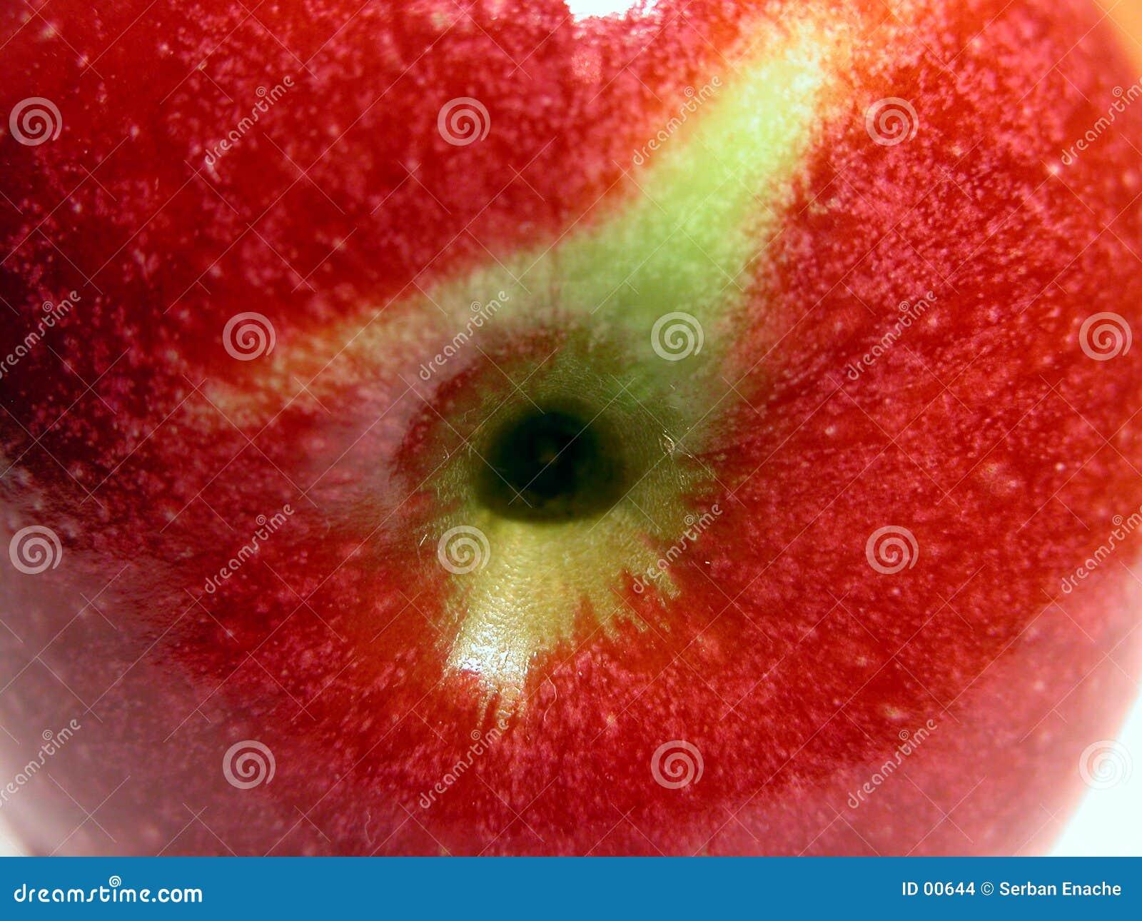 красный цвет яблока