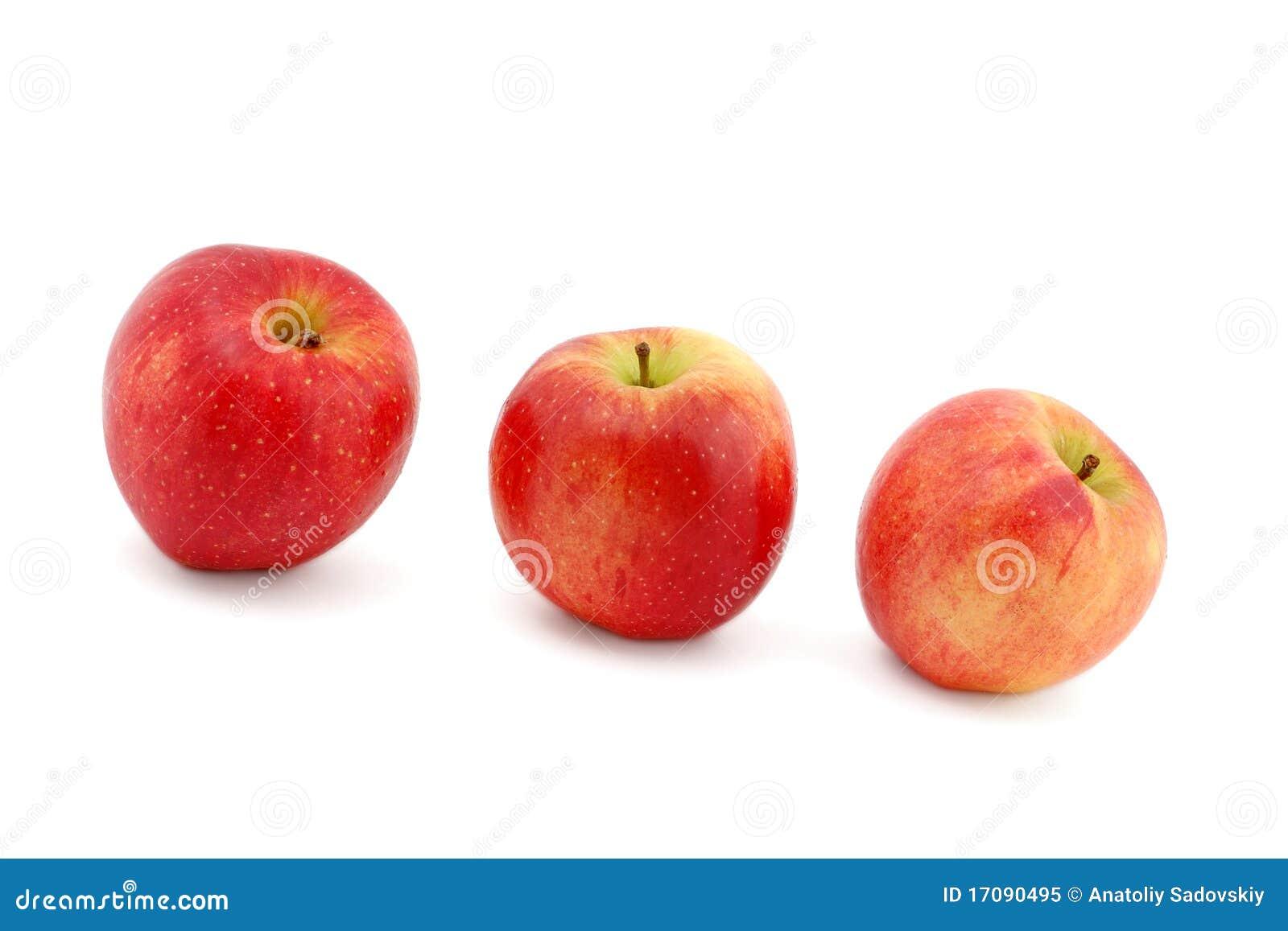 красный цвет 3 яблок