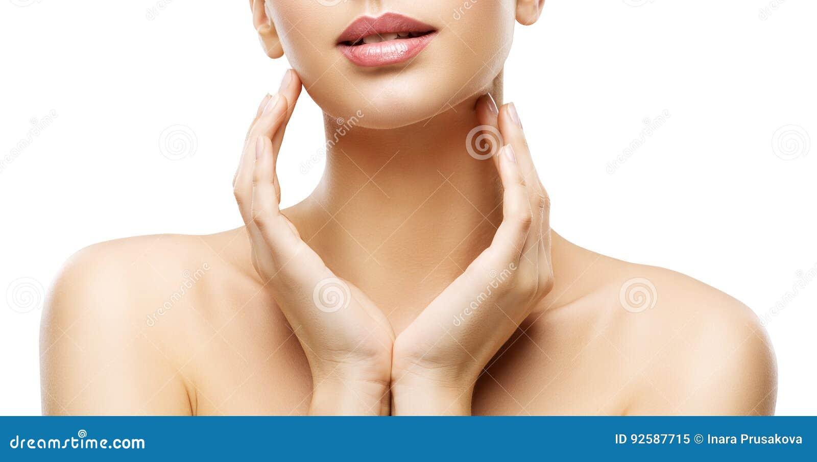 Красота заботы кожи, губы женщины и руки Skincare, здоровое тело