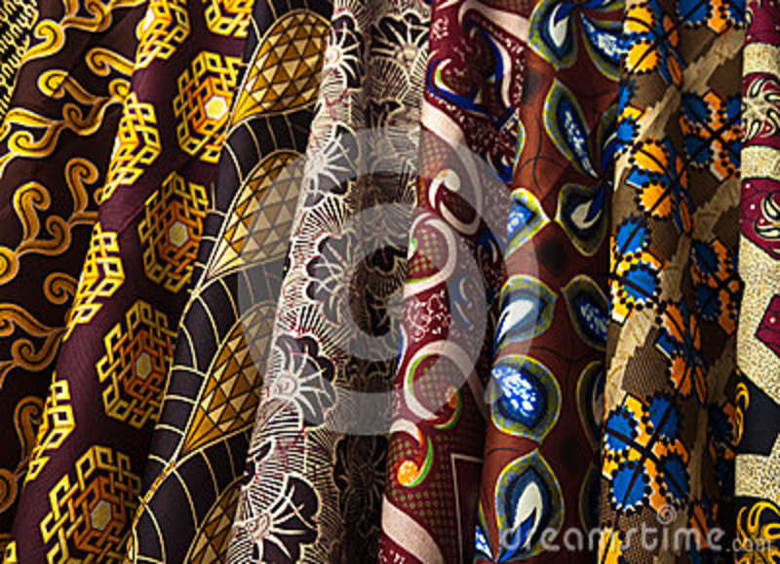 Красочные образцы ткани в Зимбабве