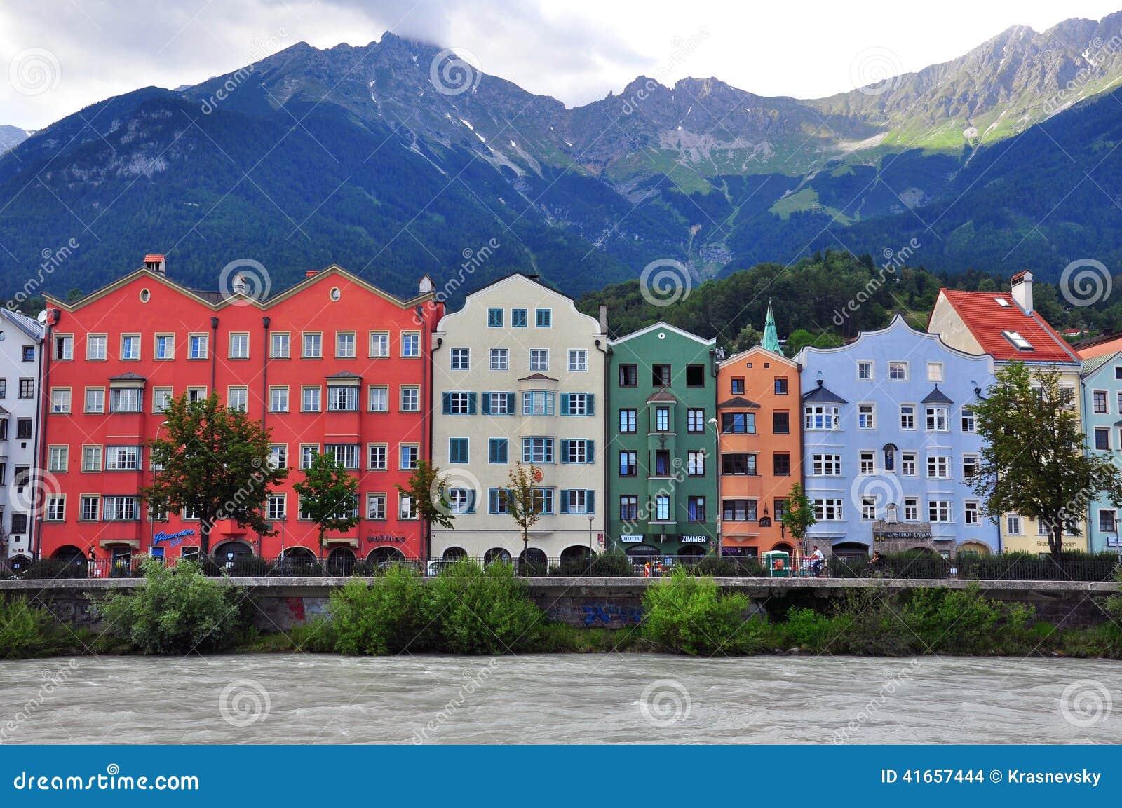 Красочные дома Инсбрука, Австрии