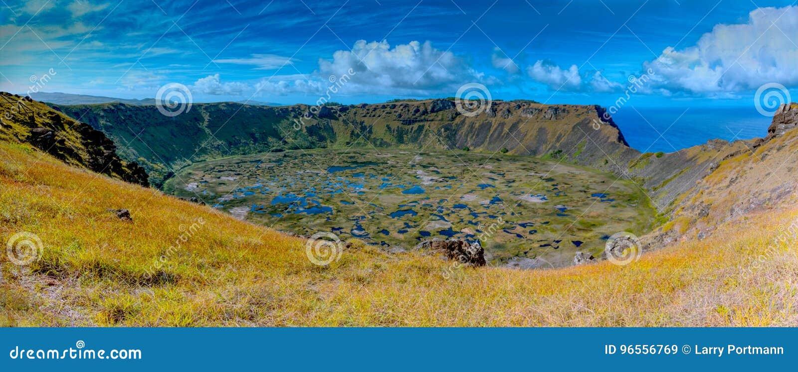 Кратер Kau Ranu на острове пасхи Место всемирного наследия национального парка Rapa Nui