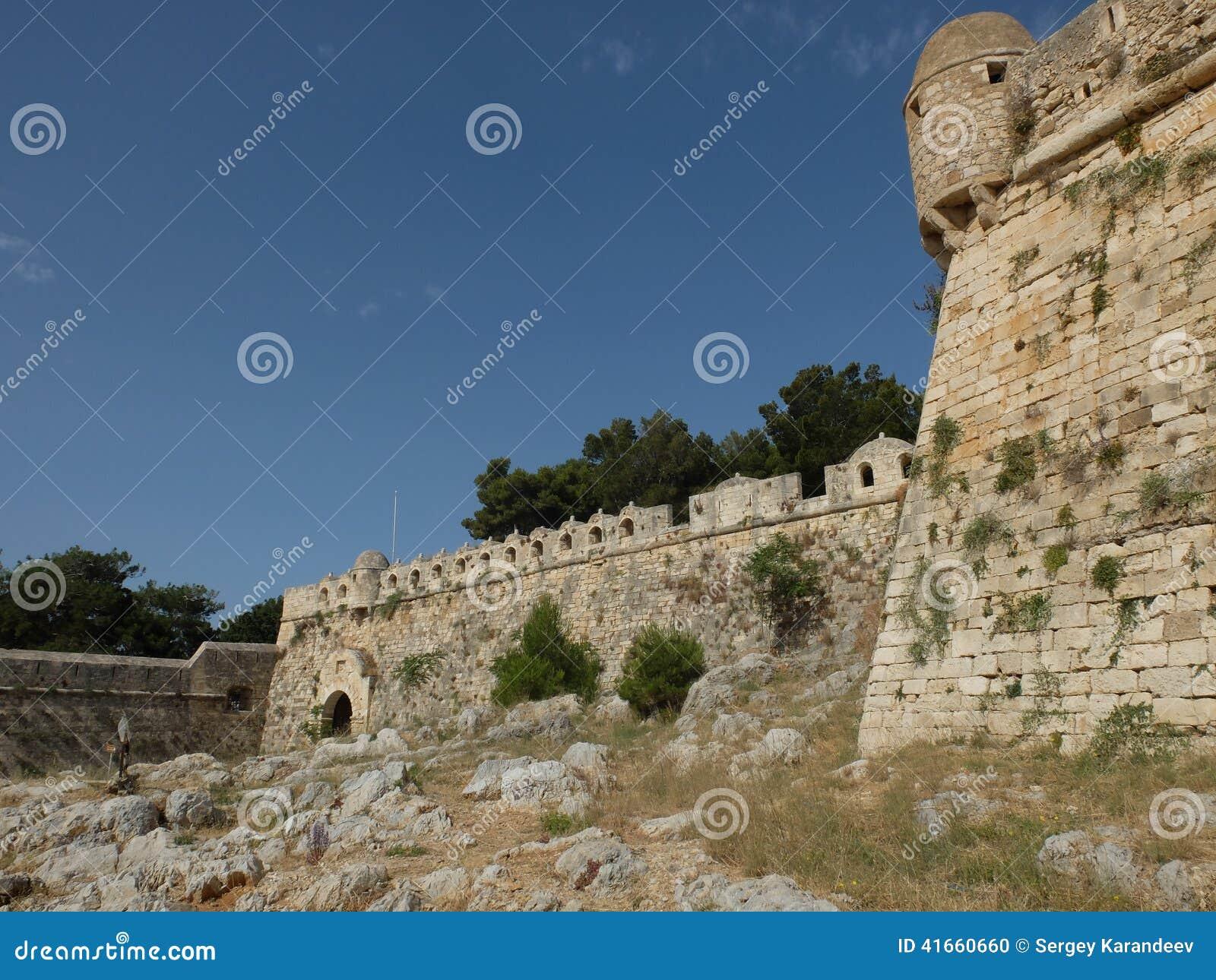 крепость старая