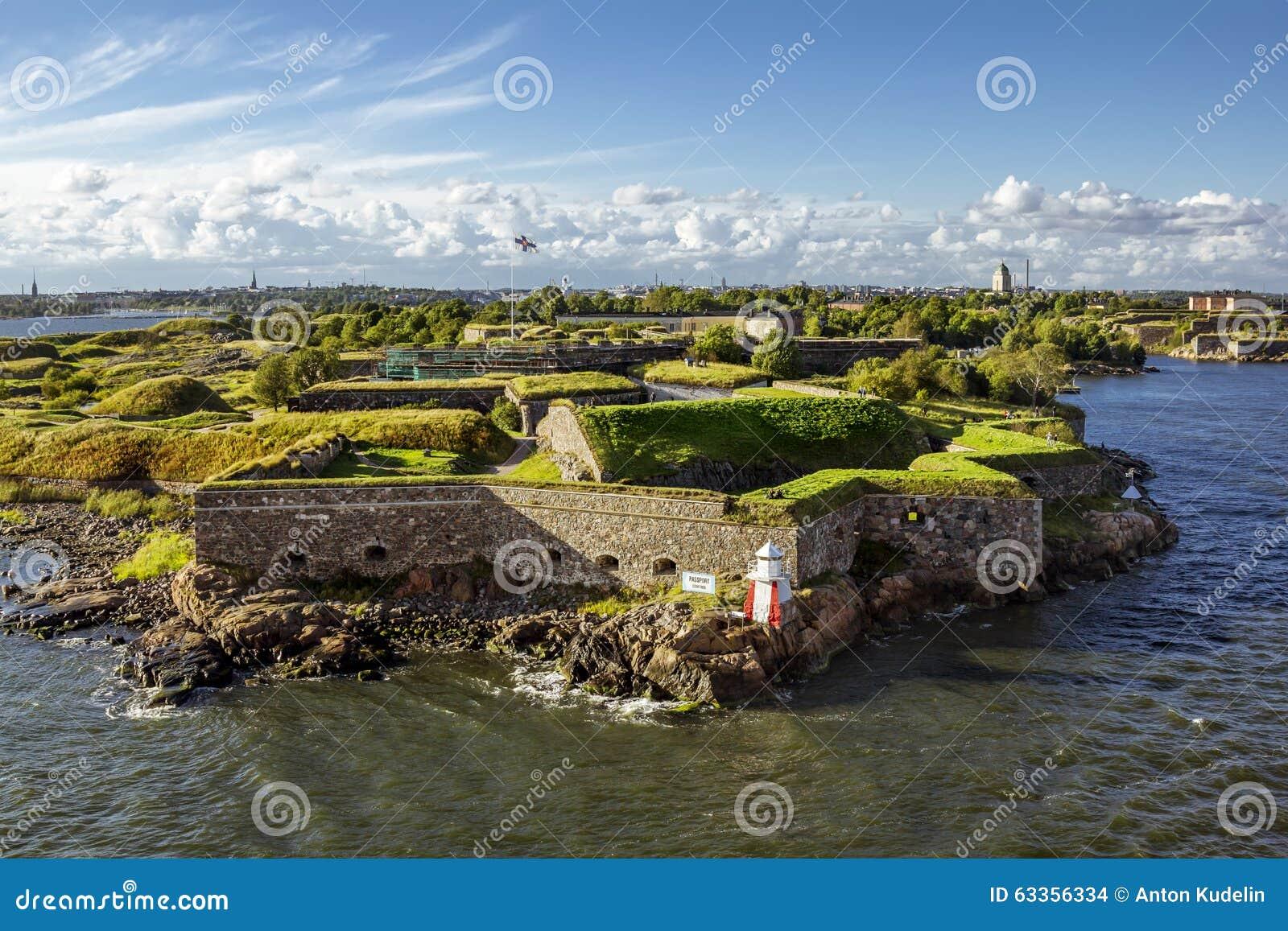 Крепость Суоменлинны морская на островах в гавани h