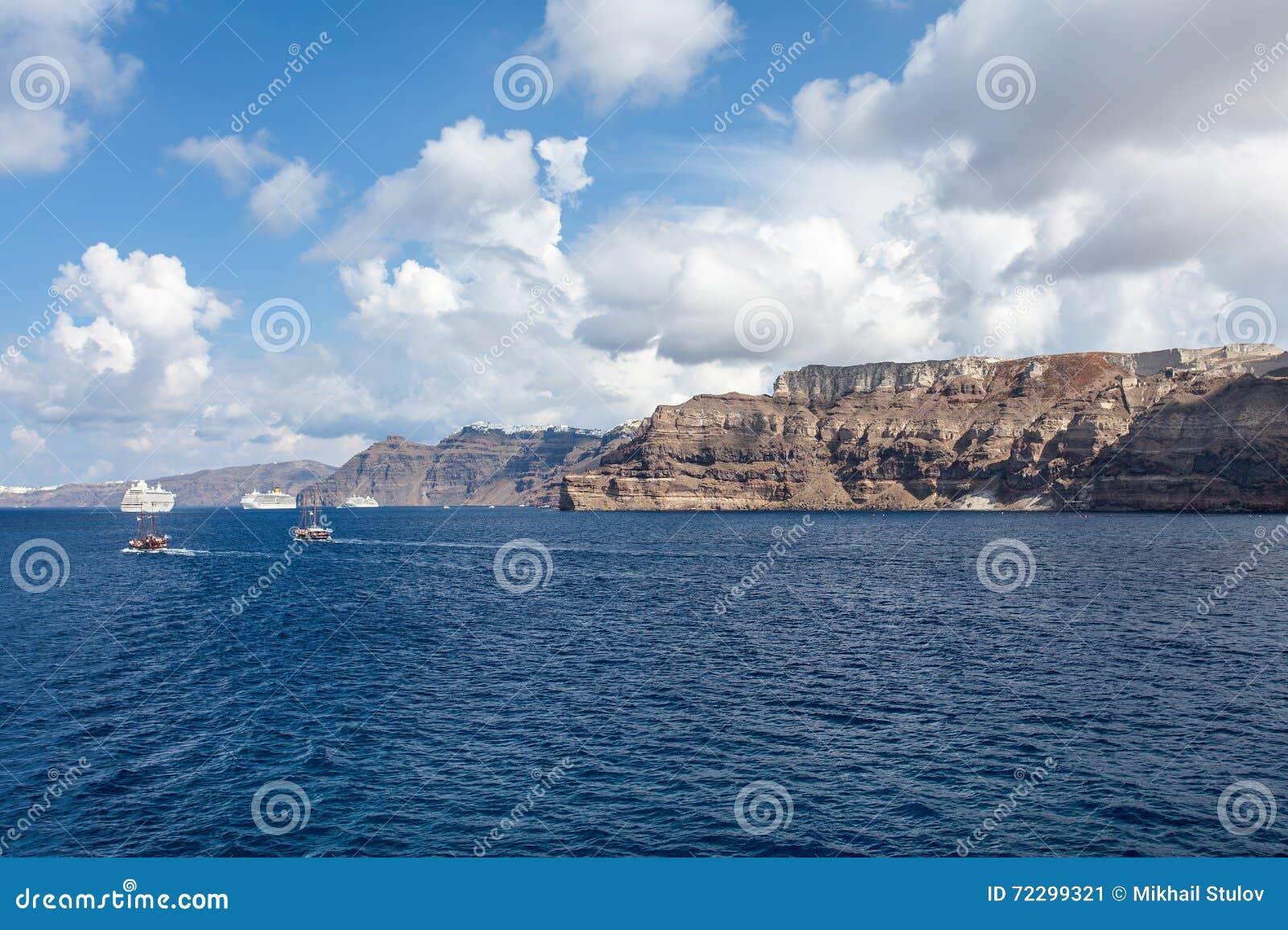 Download Кретски море в Греции стоковое изображение. изображение насчитывающей песок - 72299321