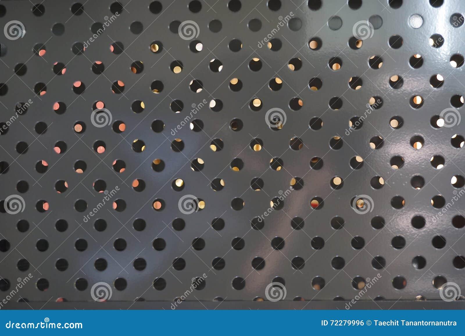 Download Круглая сетка металла стоковое фото. изображение насчитывающей круг - 72279996