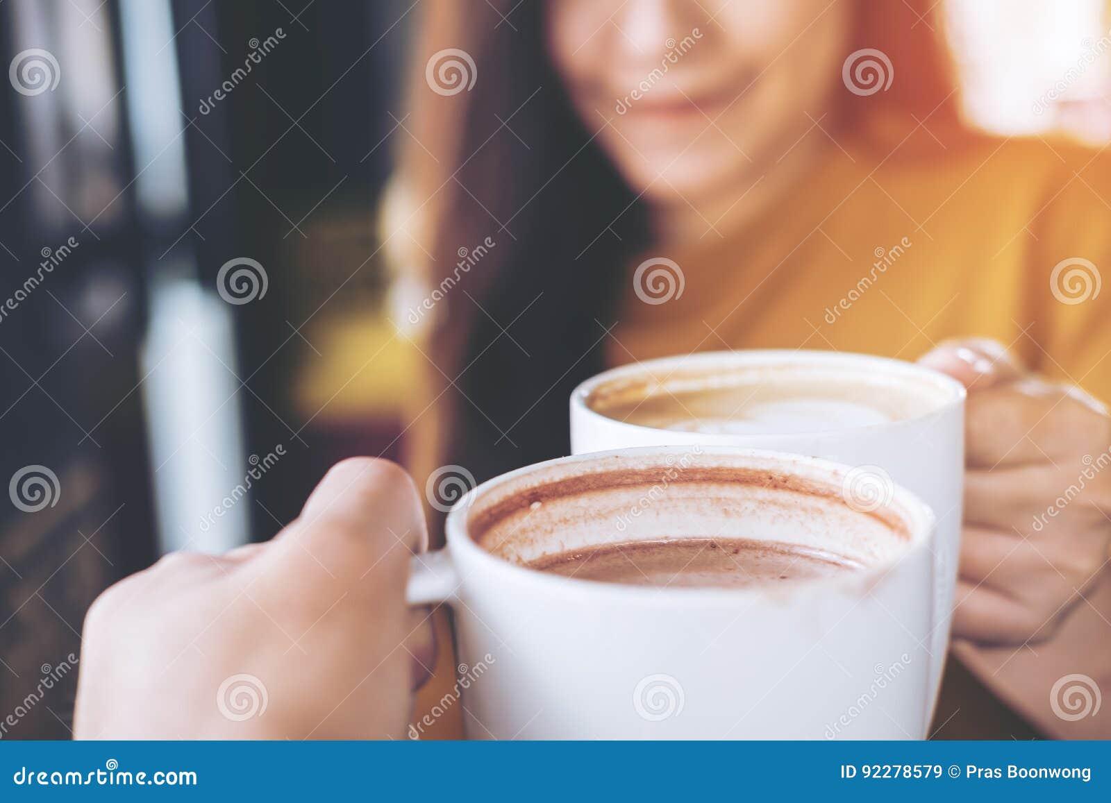 Кружки кофе Clink