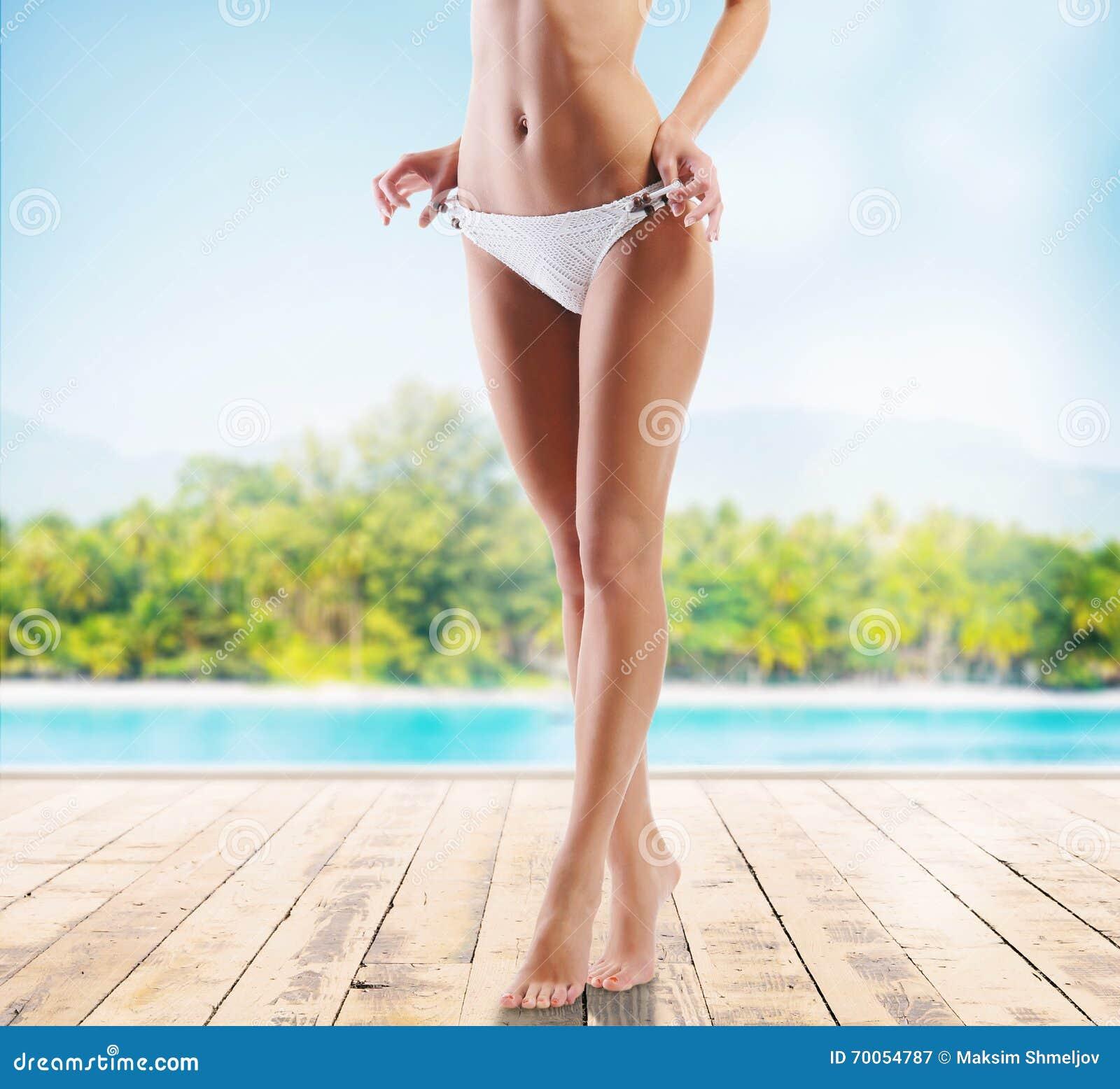 blondinku-sperma-krupnoe-foto-zhenskih-tel-erotika-porno-onlayn