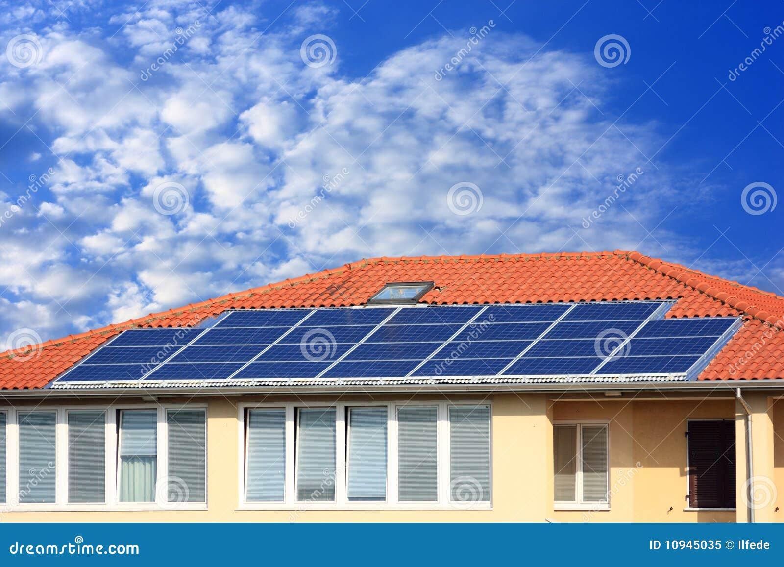 крыша панели фотовольтайческая солнечная
