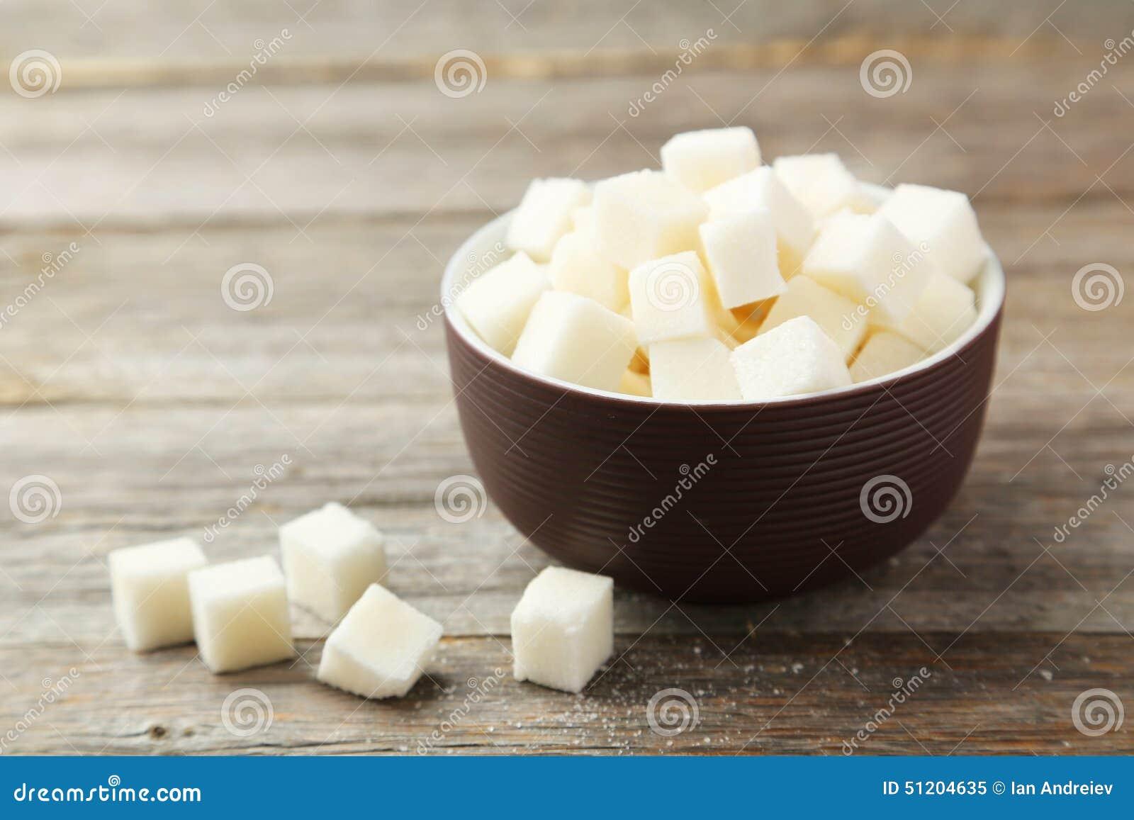 Кубы сахара в шаре