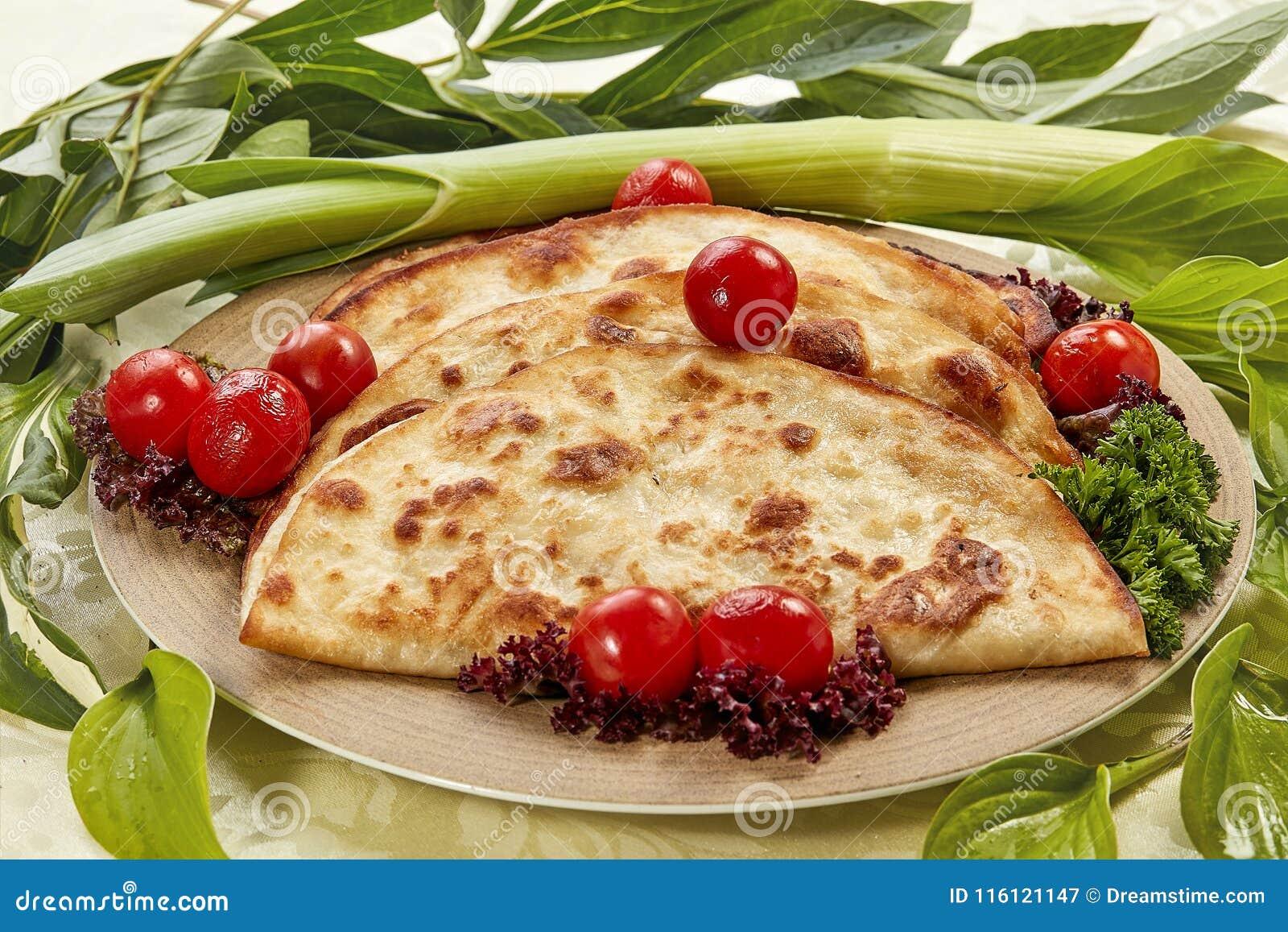 Кудрявые торты tortilla