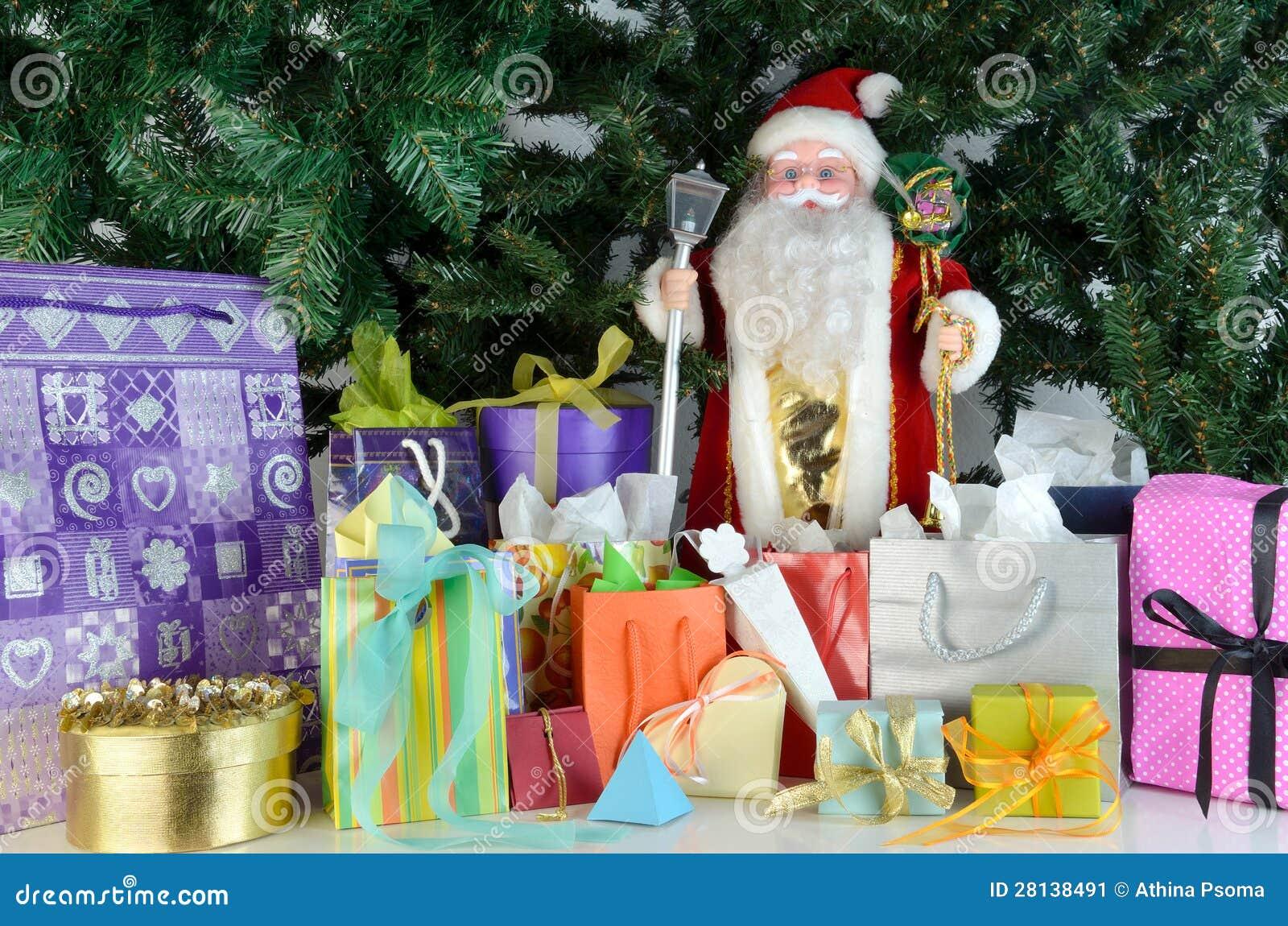 Кукла и настоящие моменты Дед Мороз