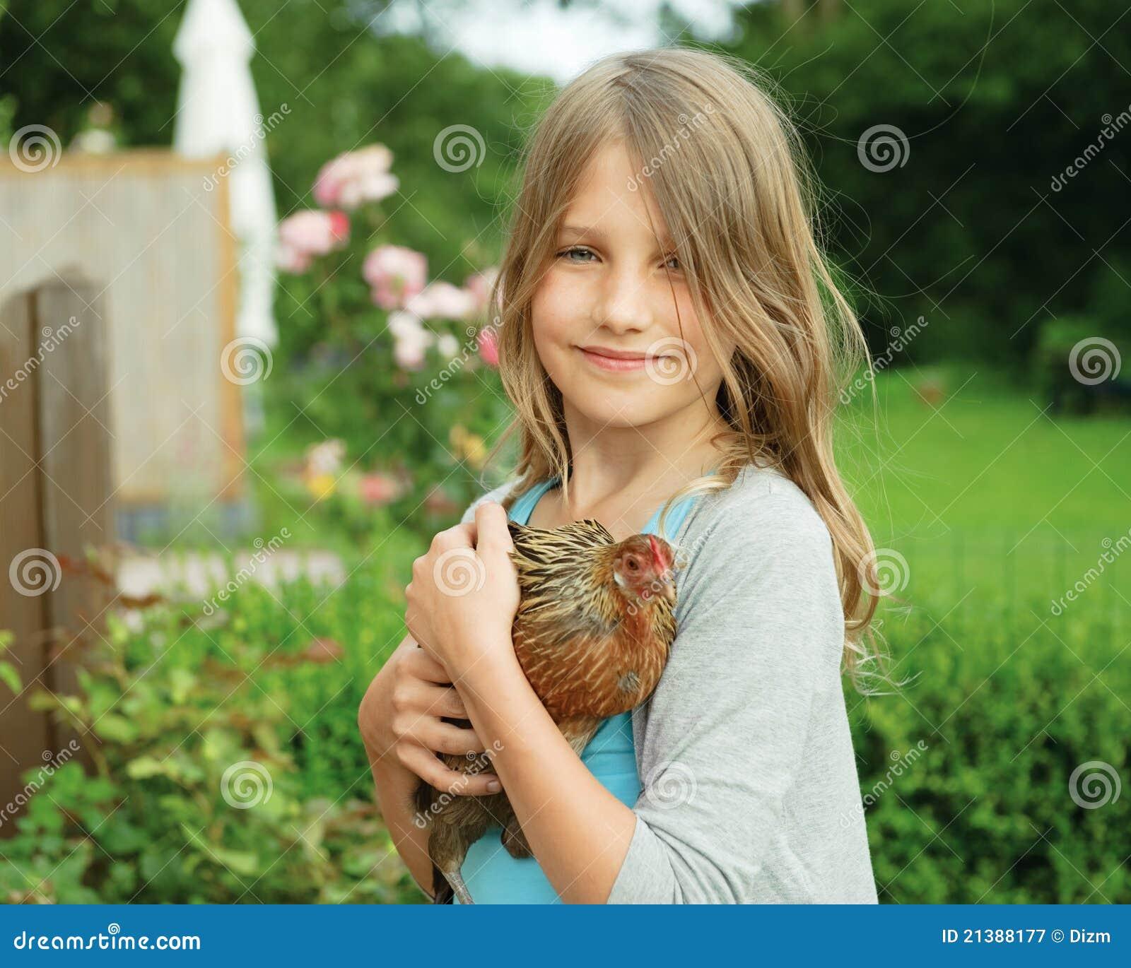Куриные девушки фото