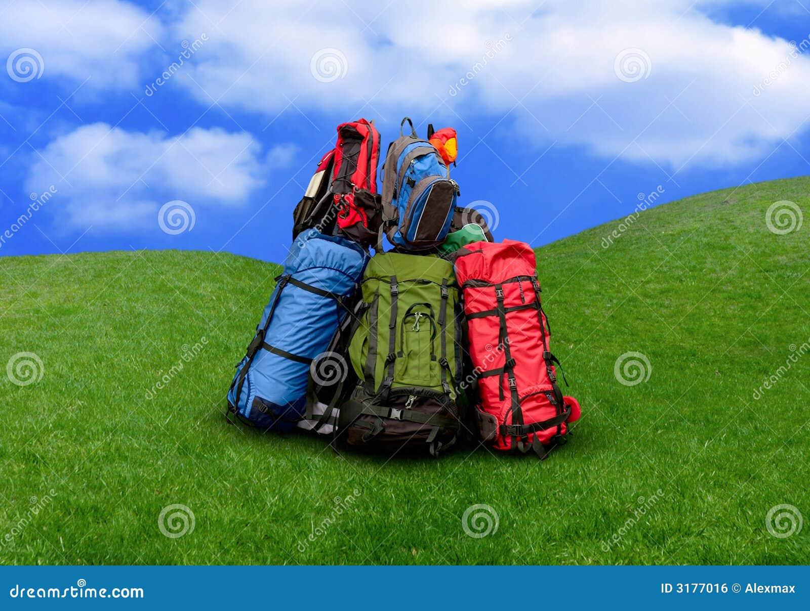 куча backpacks