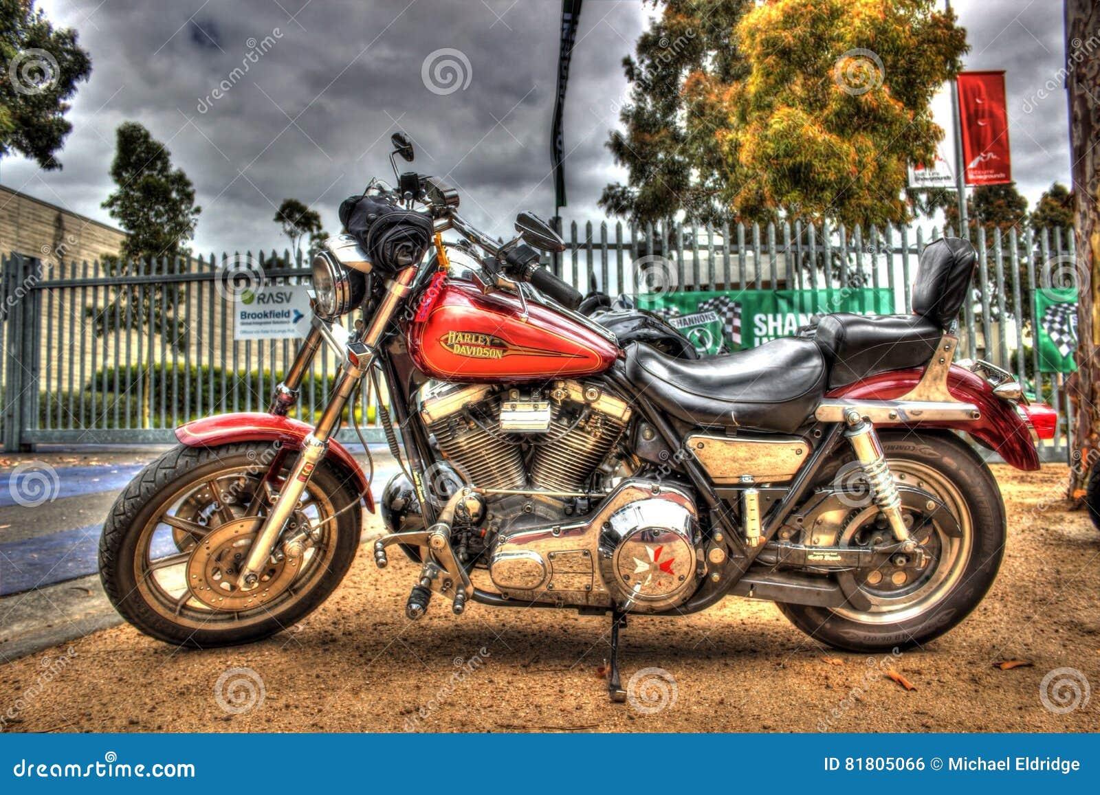 Классический американец Harley Davidson