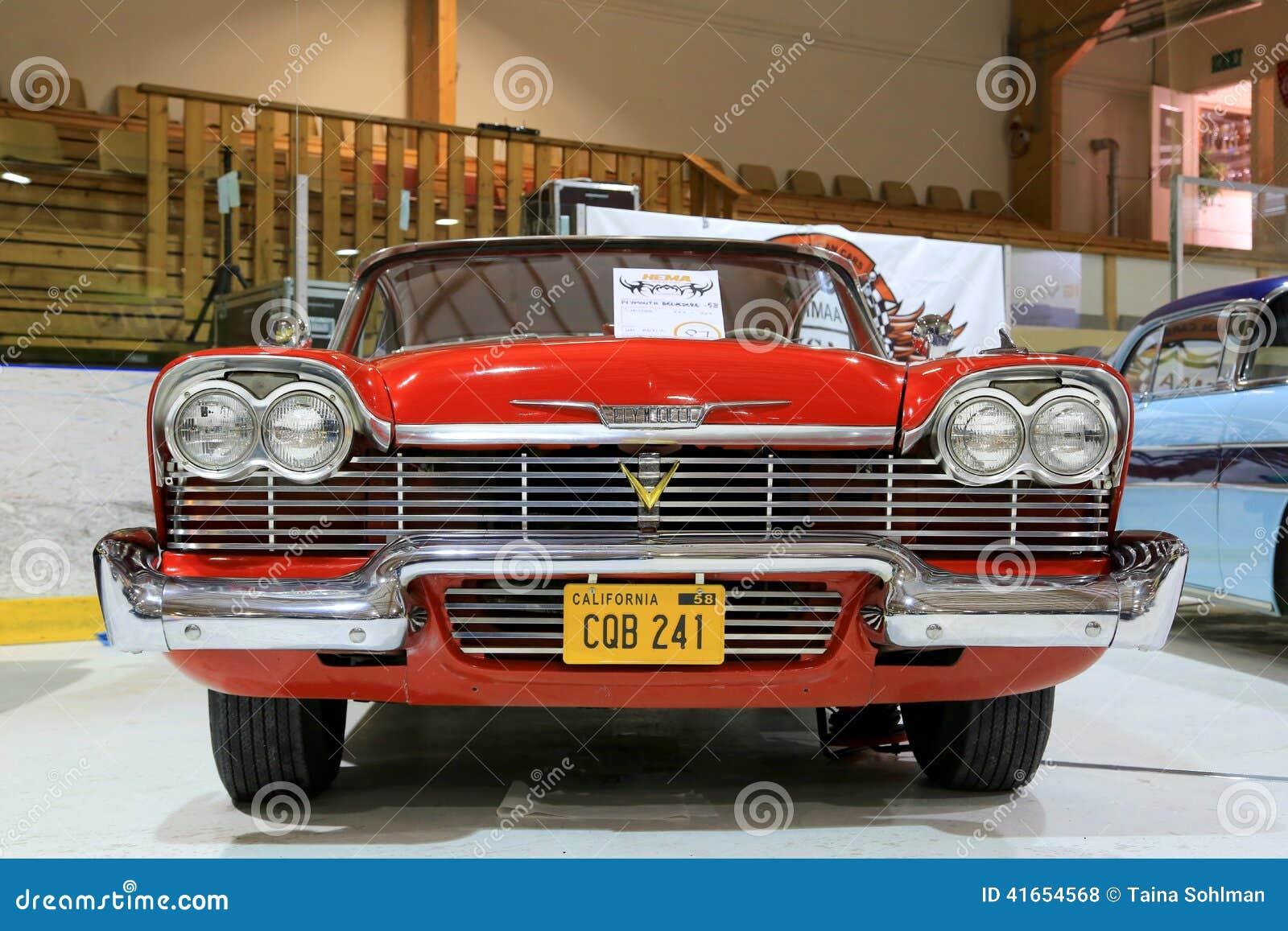 Классический красный бельведер 1958 Плимута