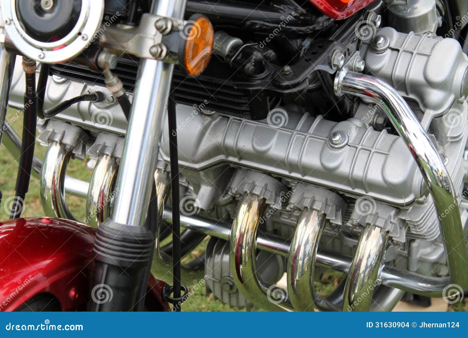 Классический японский двигатель мотоцикла