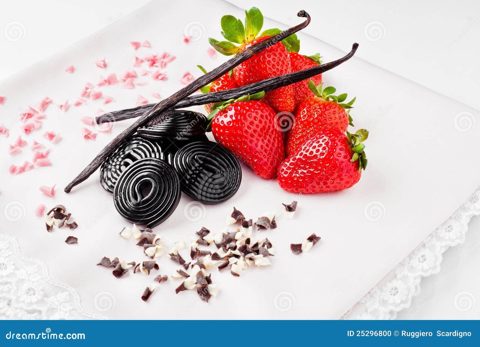 Клубника и ваниль и шоколад