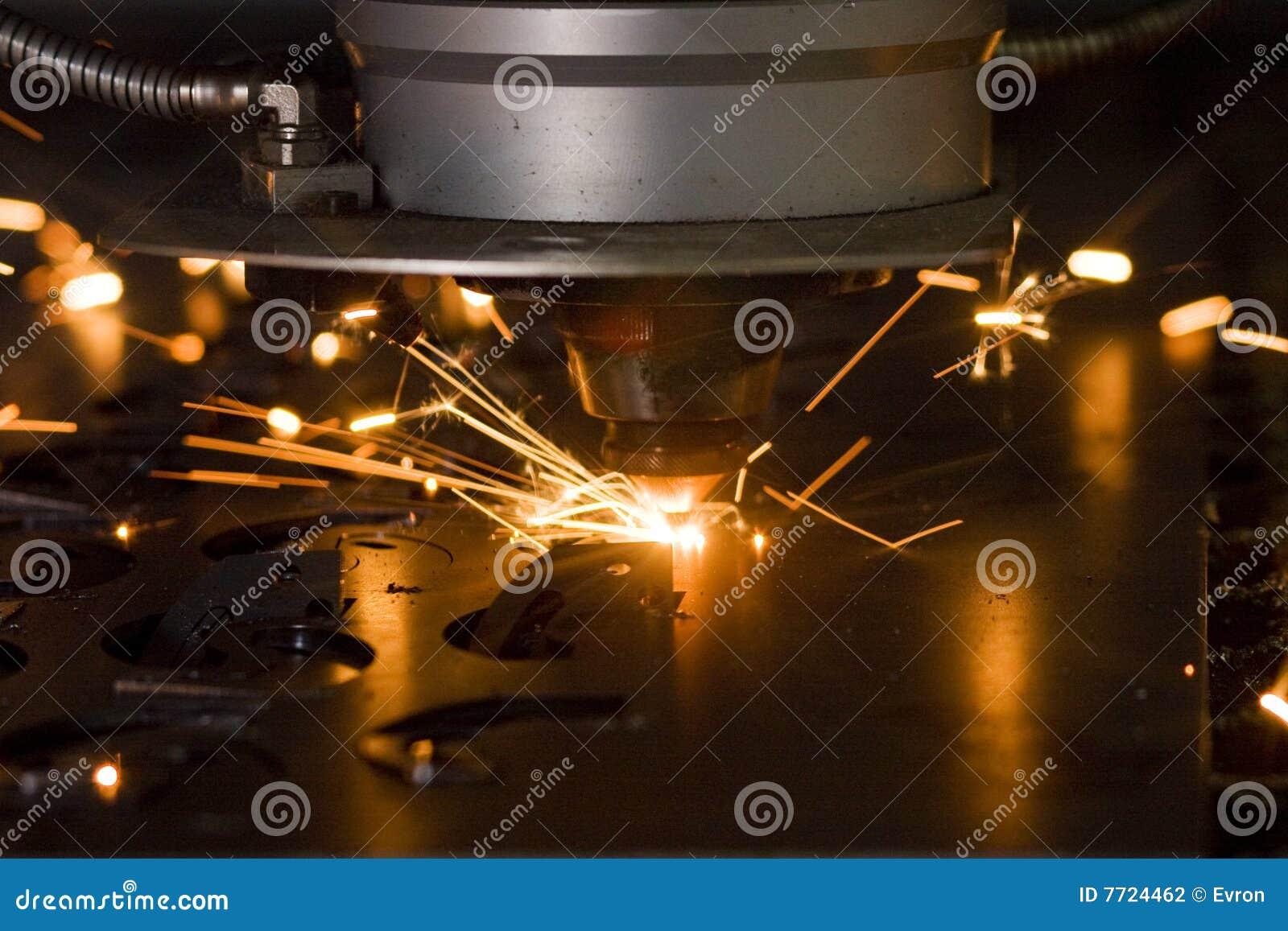 лазер вырезывания