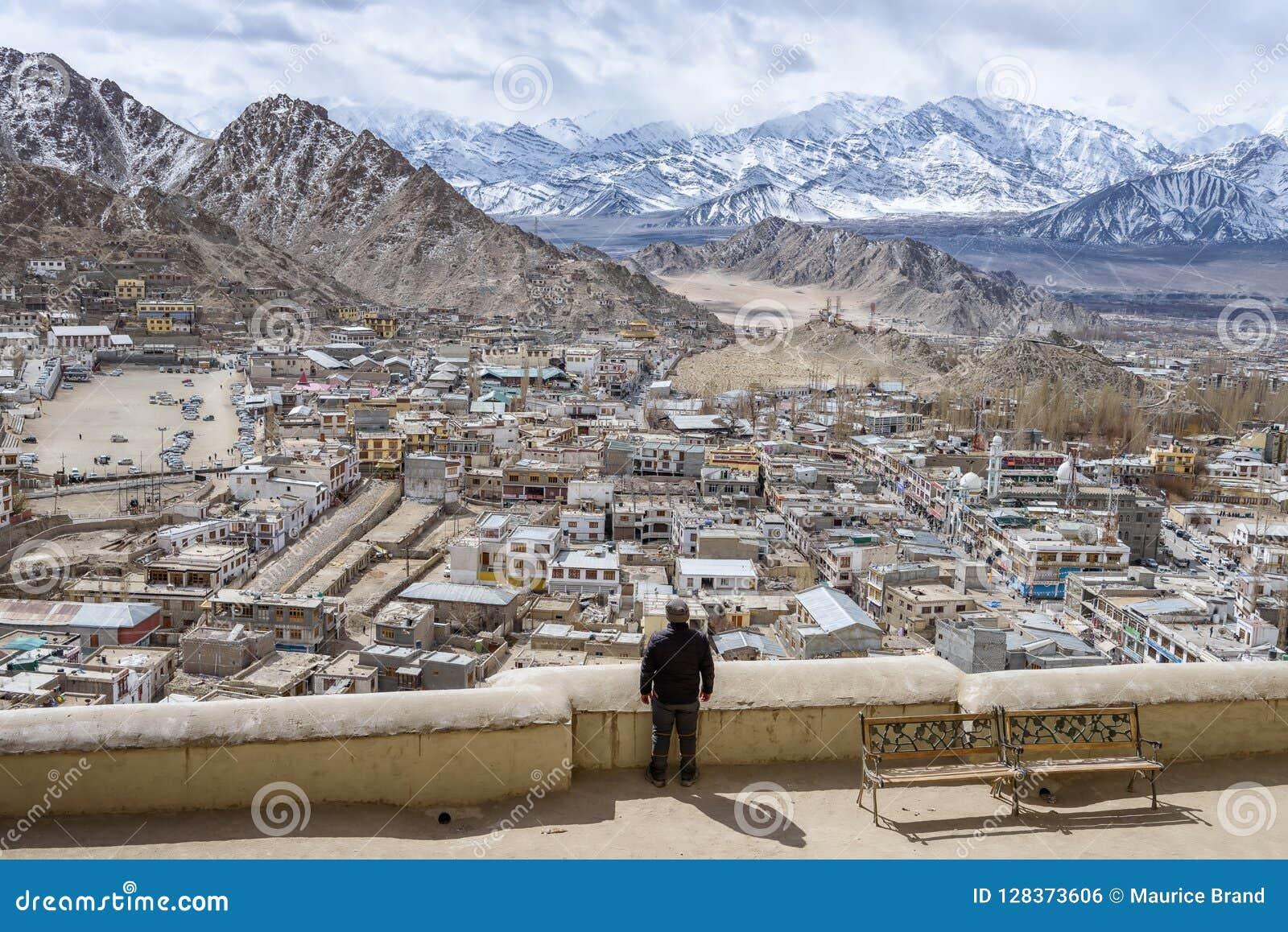 Ландшафт Гималаев Leh Ladahk Индии