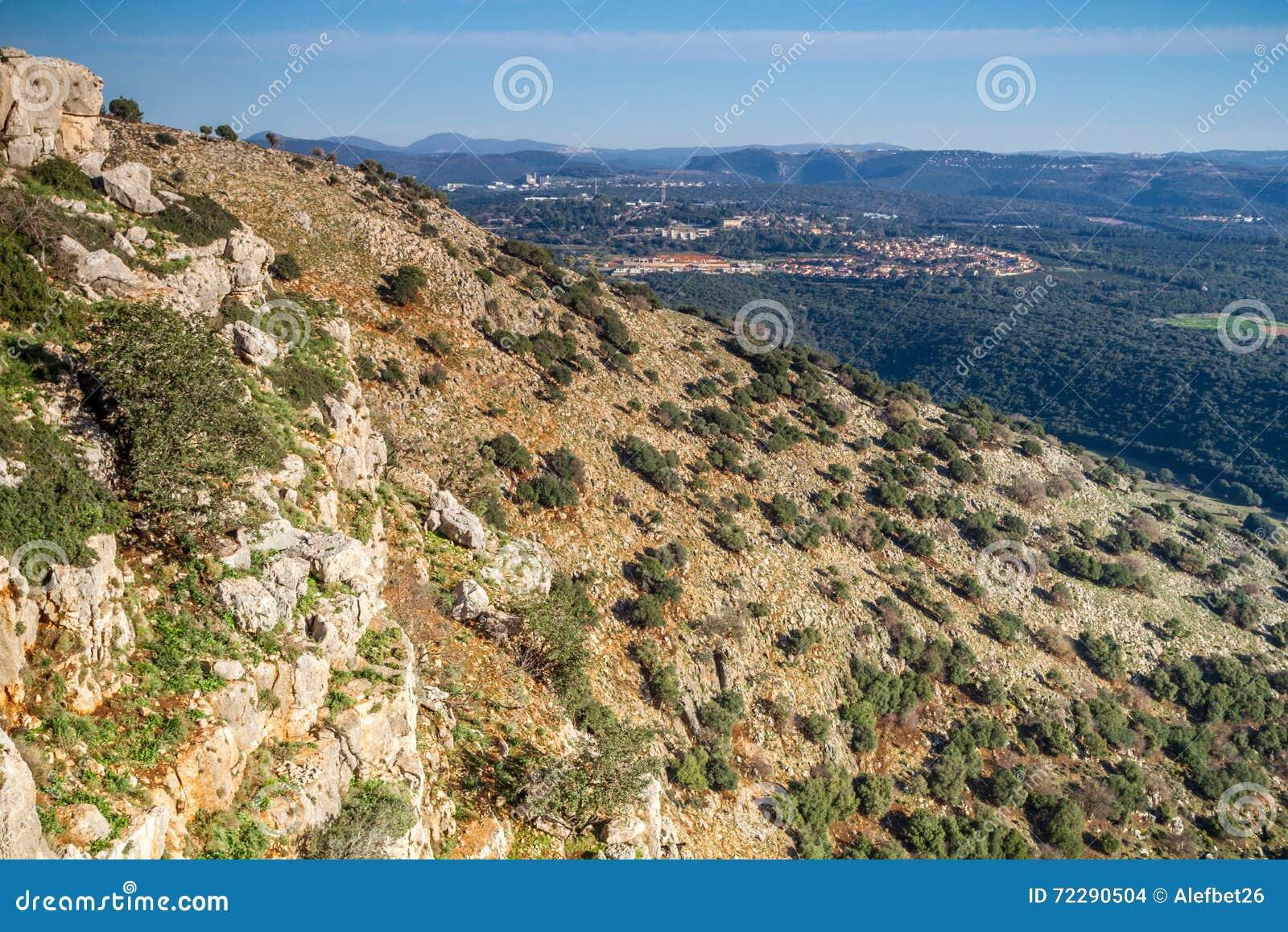 Download Ландшафт горы, верхняя Галилея в Израиле Стоковое Фото - изображение насчитывающей среднеземноморск, green: 72290504