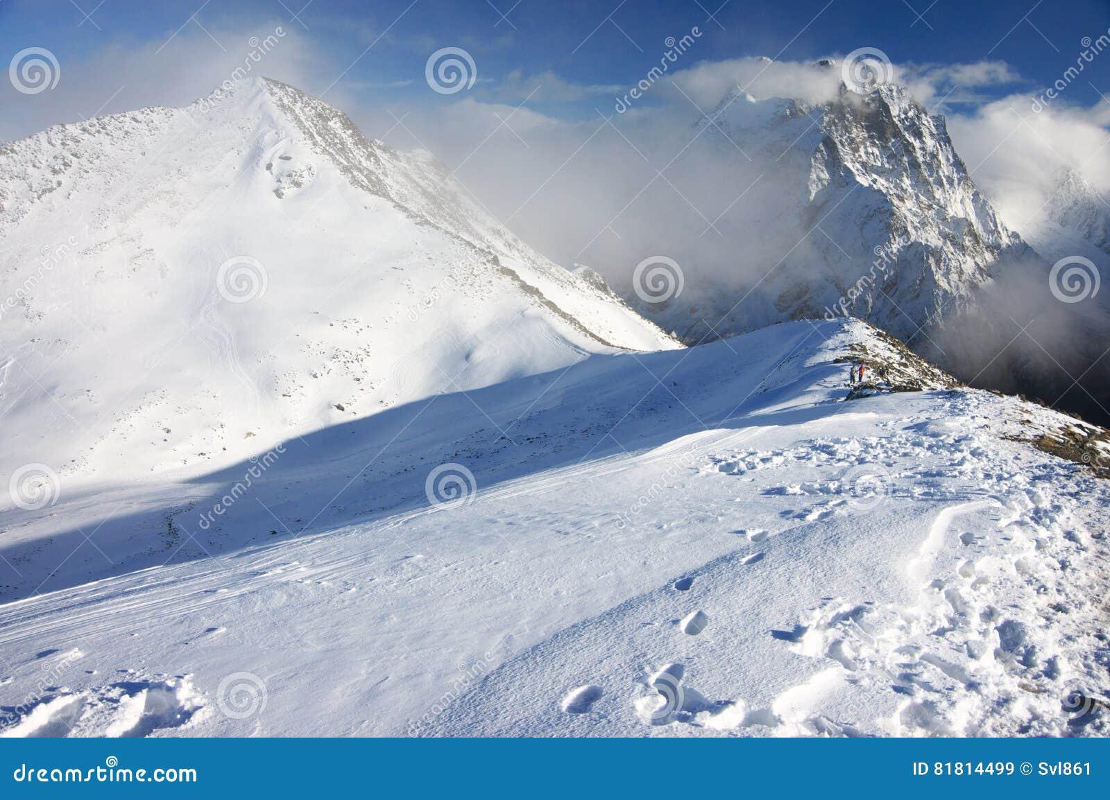 Ландшафт гор Snowy