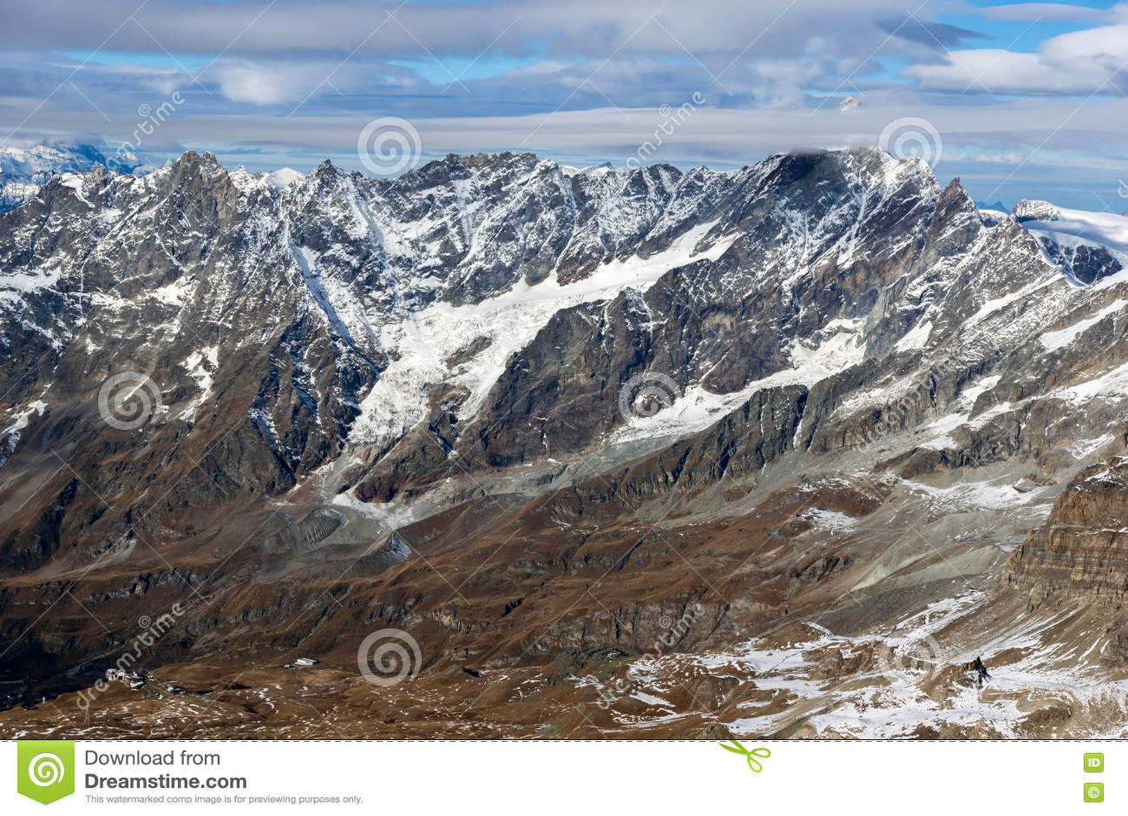 Ландшафт зимы швейцарца Альпов от рая ледника Маттерхорна к Альпам, Швейцарии