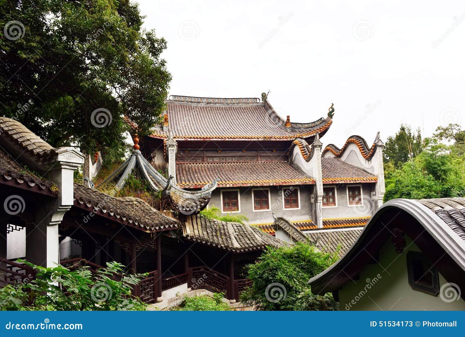 Ландшафт китайского старого сада