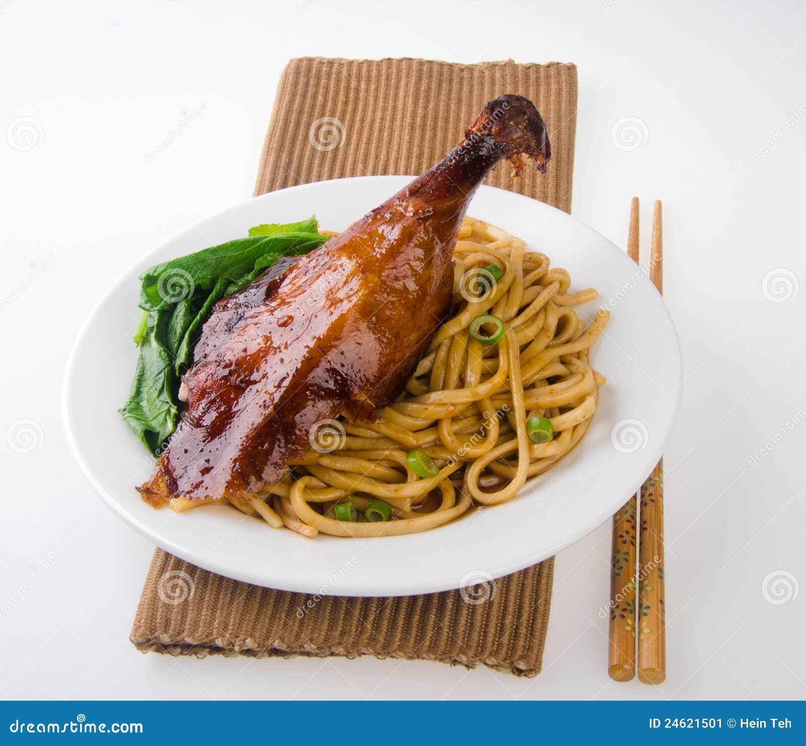 лапша еды утки