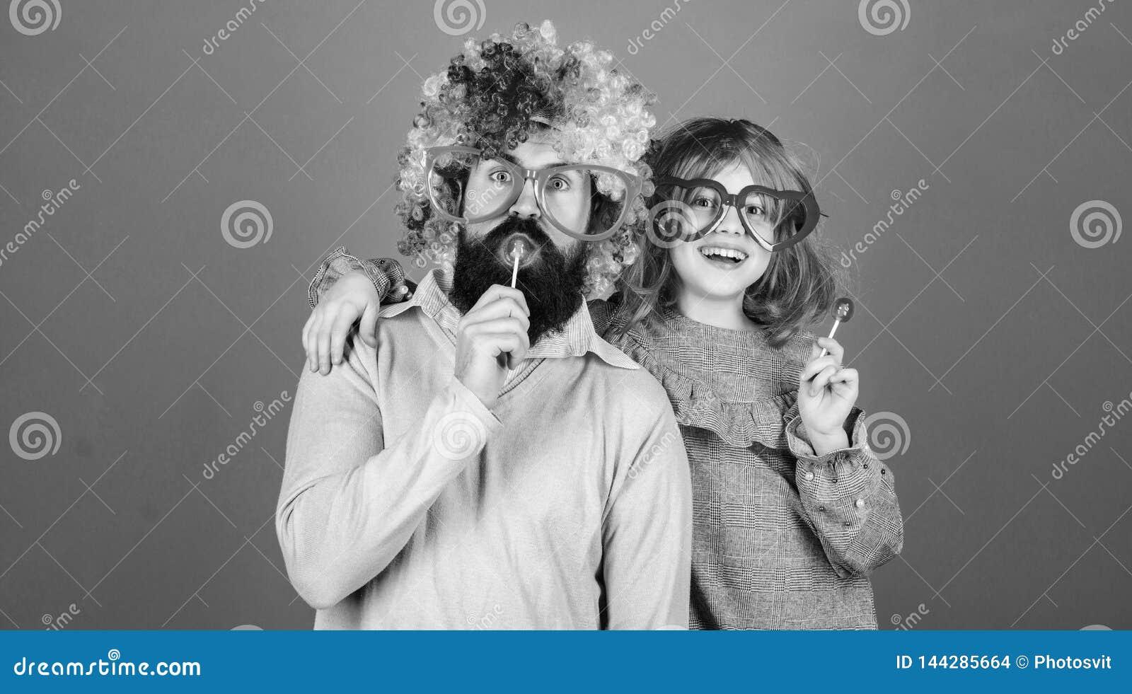 Легкие простые способы родитель потехи шаловливый Парик носки отца и девушки человека бородатый красочный пока съешьте конфету ле