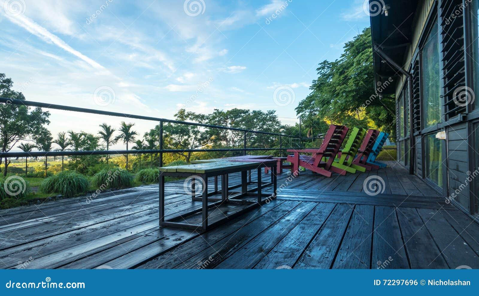 Download Легкое место для ослабляет с славным цветом предпосылки Стоковое Фото - изображение насчитывающей никто, напольно: 72297696