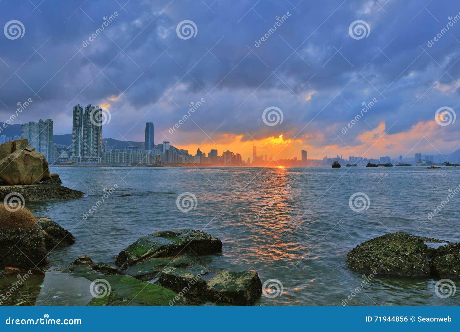 Леи Yue Mun, схват Yau, Гонконг