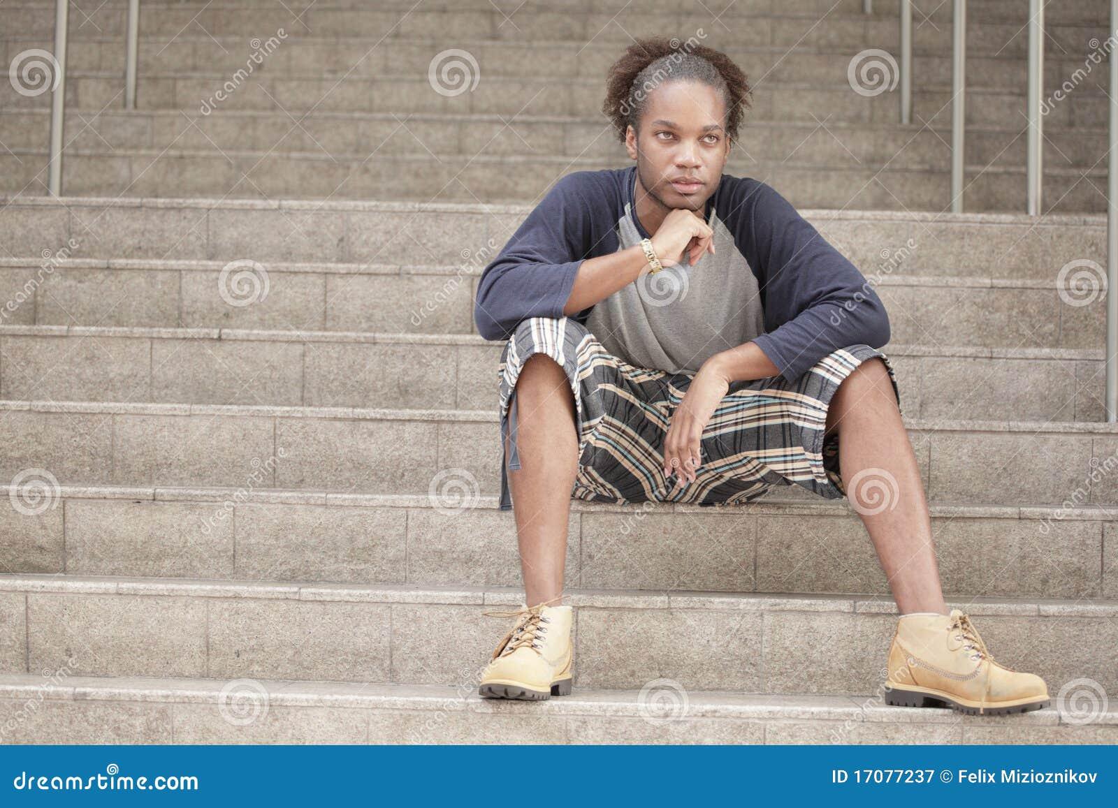 лестница человека сидя