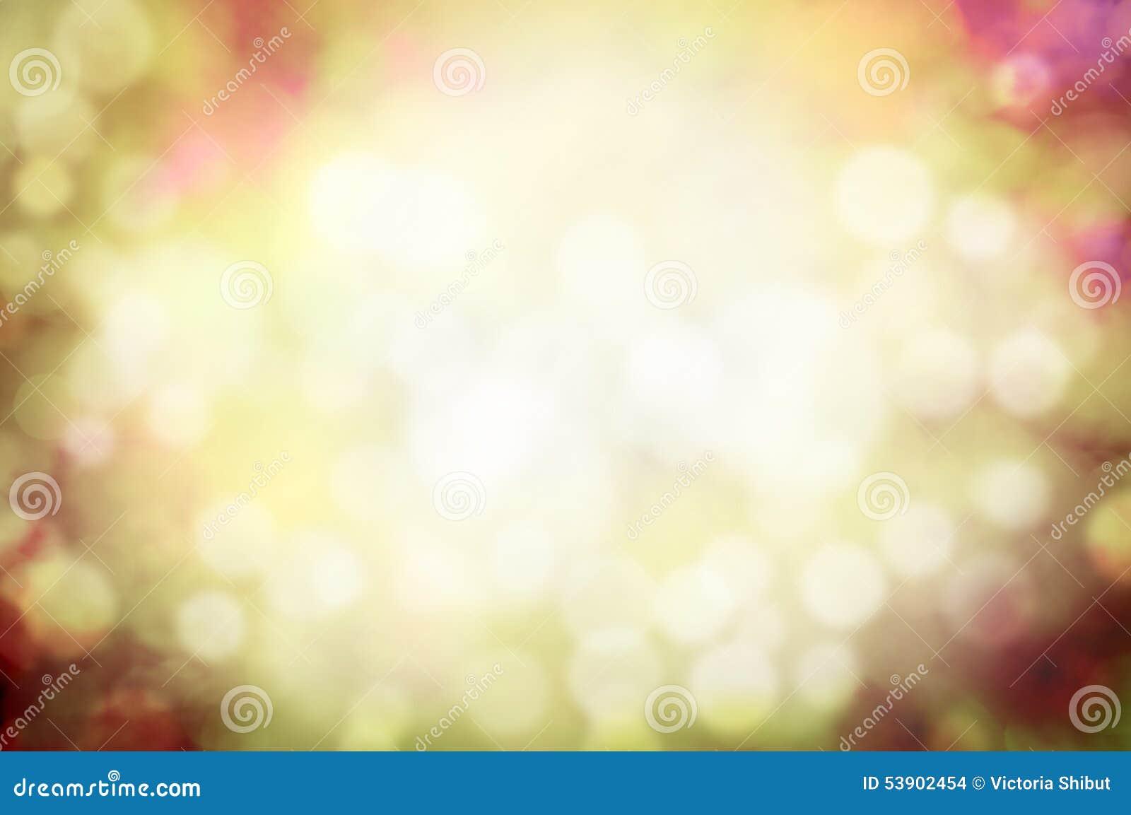 Лето или запачканная осенью предпосылка bokeh природы