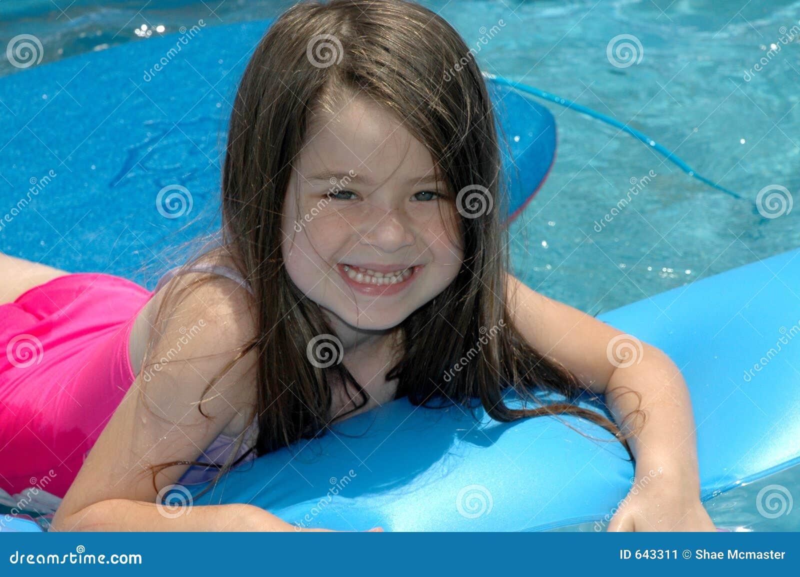 Download лето потехи стоковое изображение. изображение насчитывающей американская - 643311