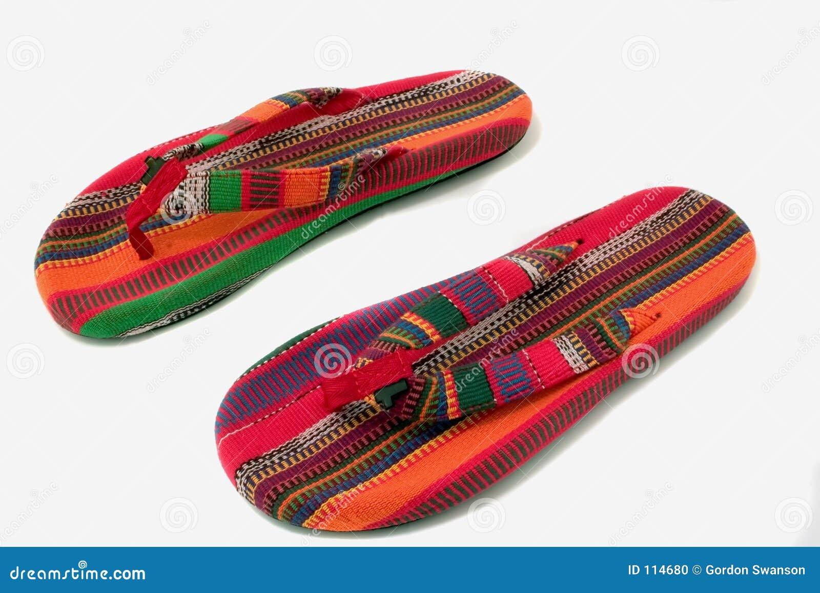 лето сандалий