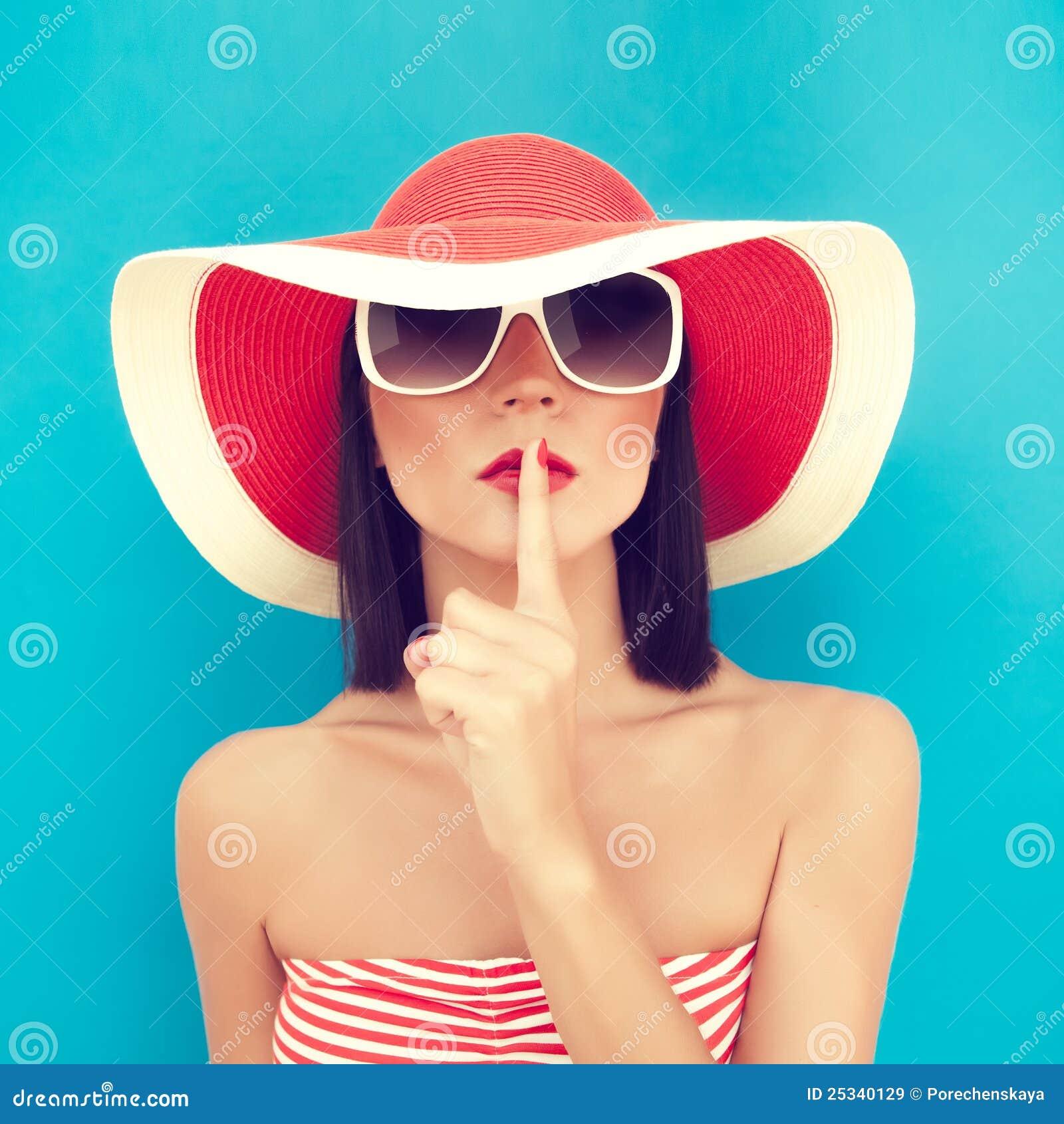 лето секрета девушки