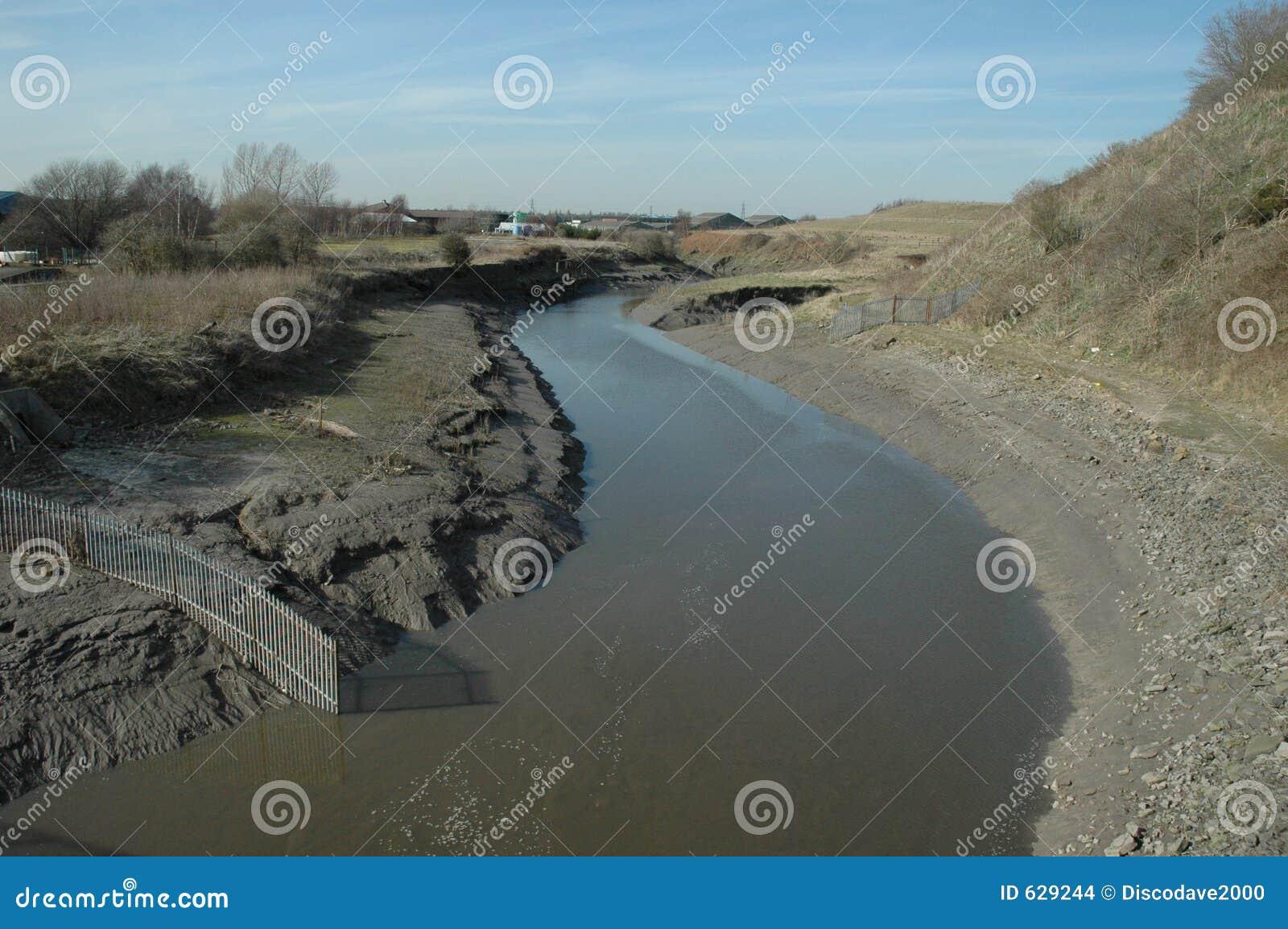Download лиман приливный стоковое фото. изображение насчитывающей грязь - 629244